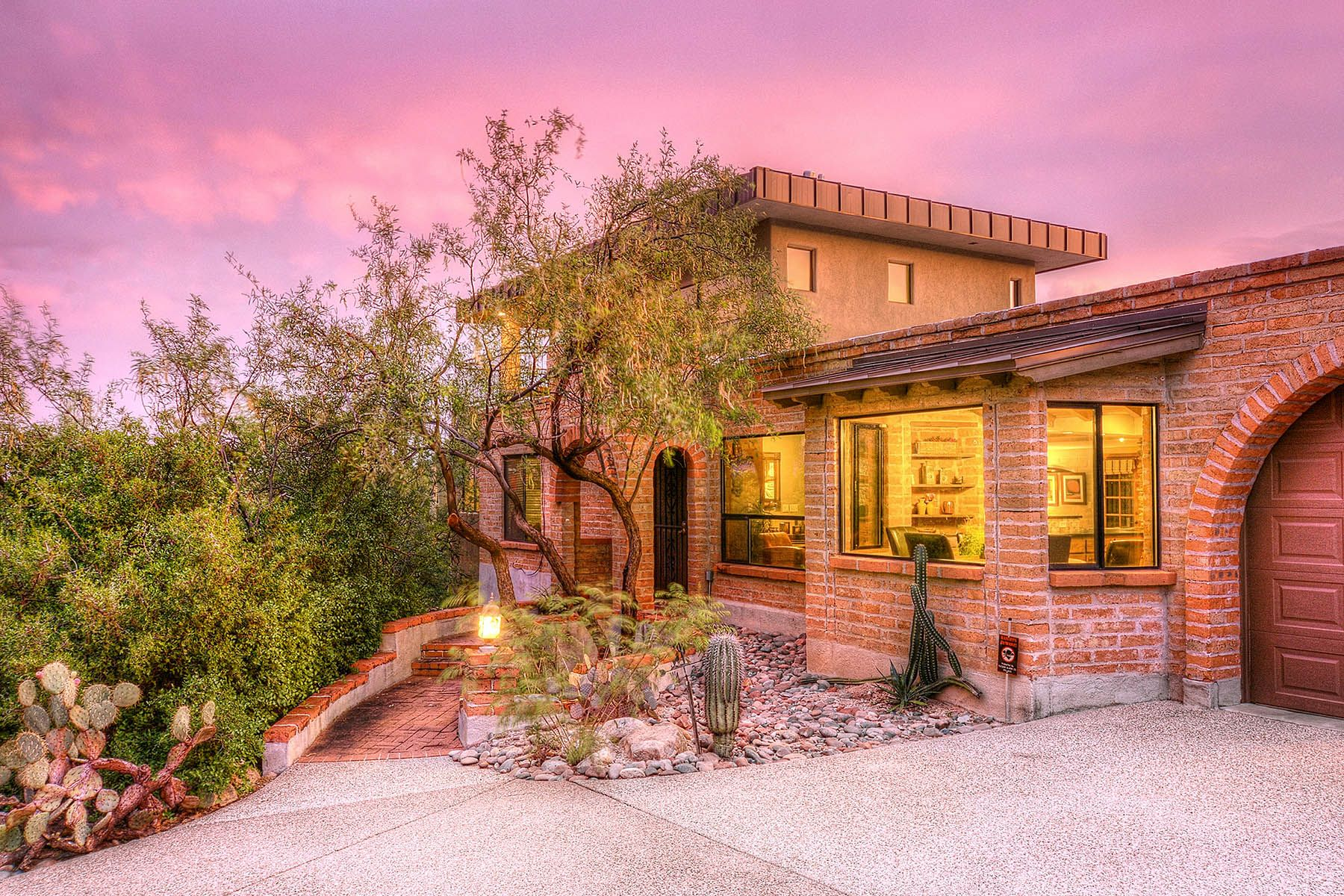 Single Family Home for Sale at Outstanding, Meticulously Maintained and Remodeled 4320 E Coronado Drive, Tucson, Arizona, 85718 United States
