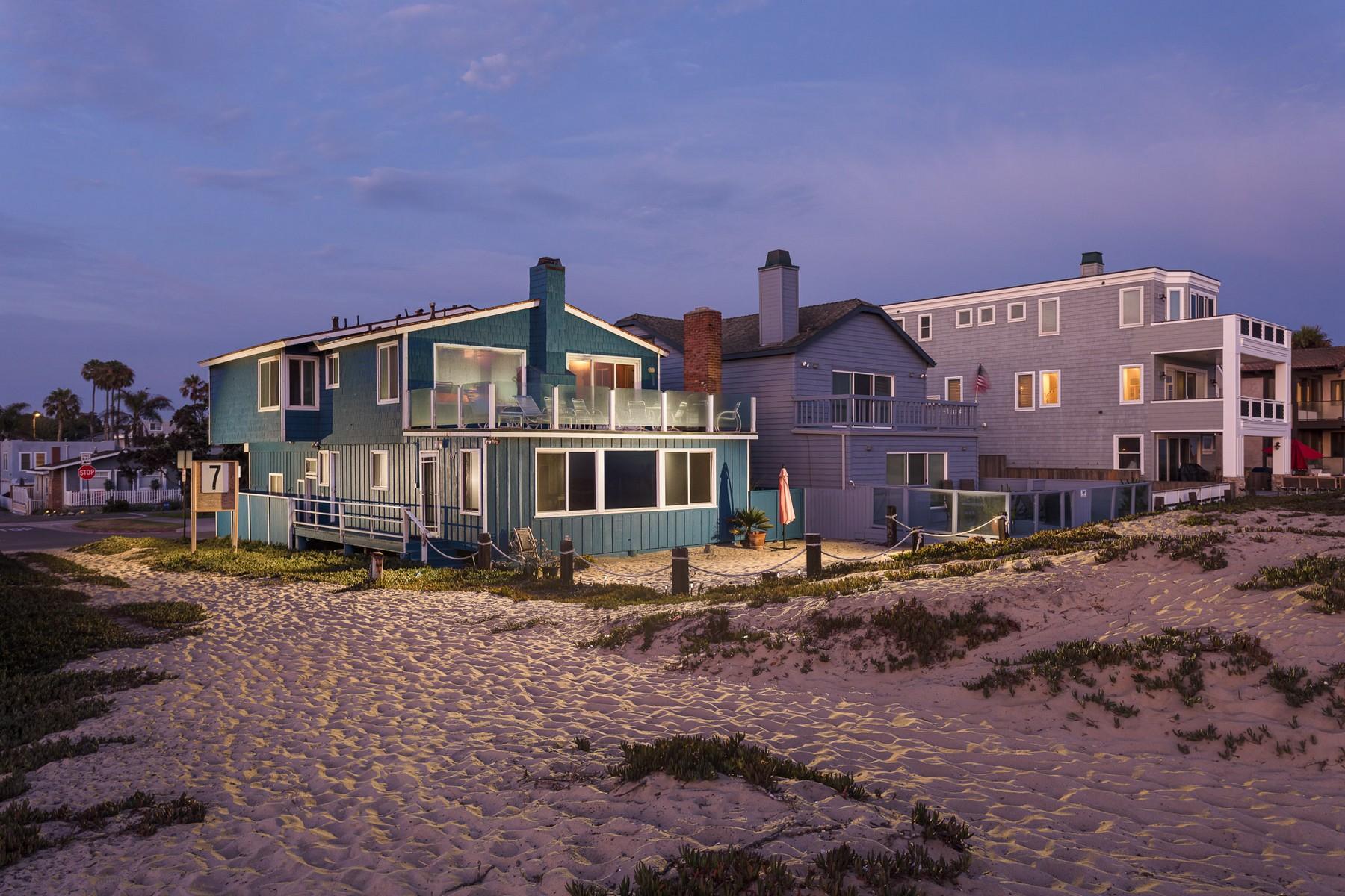 Duplex Homes por un Venta en 17011 S. Pacific Sunset Beach, California 90740 Estados Unidos