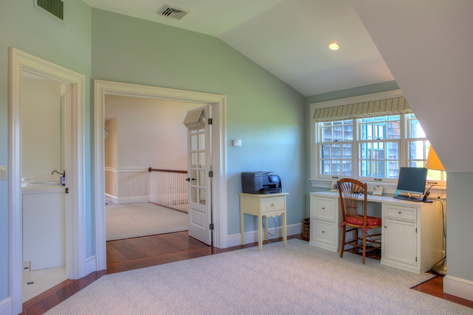 Additional photo for property listing at 89 Meadowlark Lane Portsmouth, Rhode Island 02871 United States