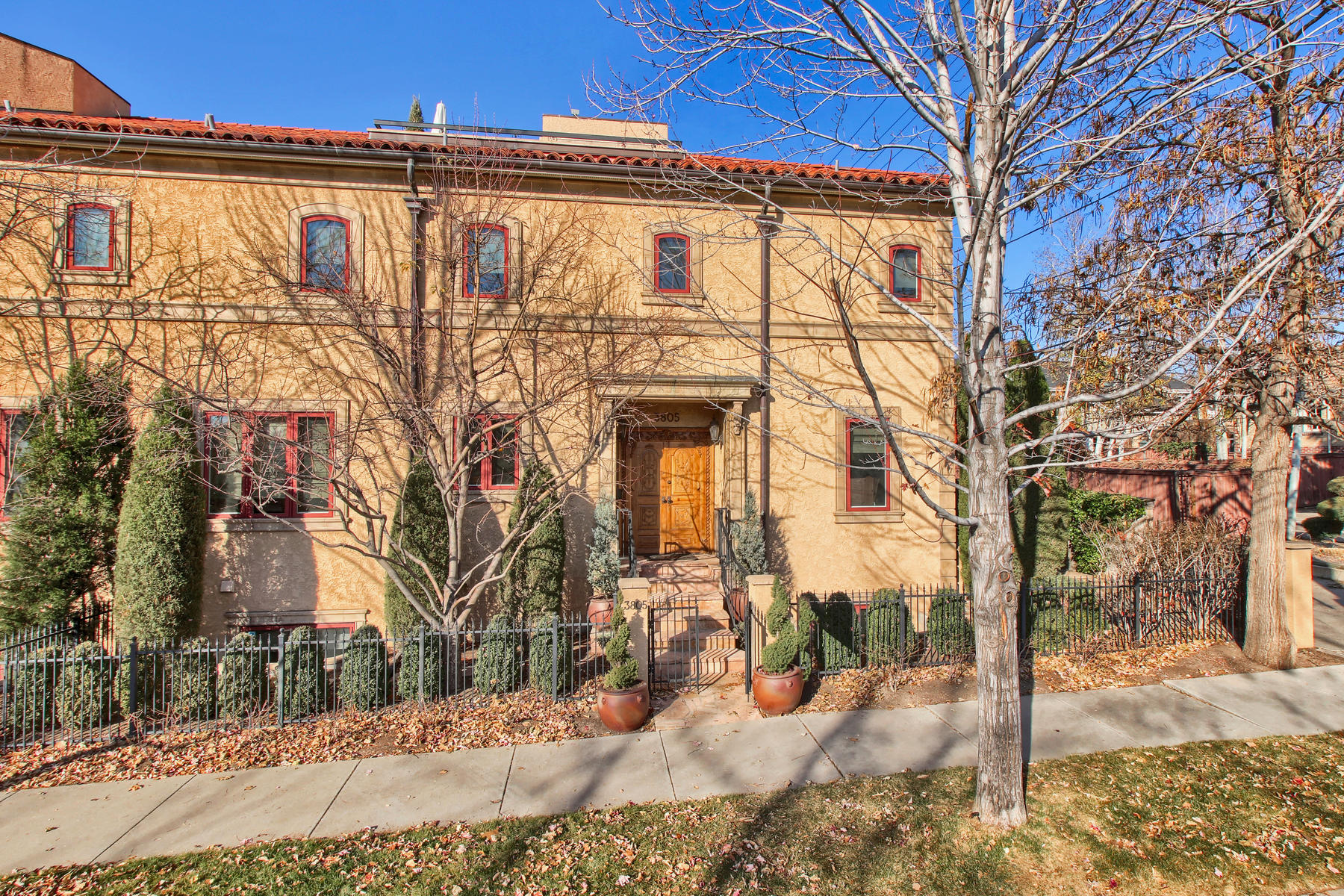Townhouse for Active at Beautifully appointed custom Cherry Creek townhome. 3805 E 2nd Ave Denver, Colorado 80206 United States