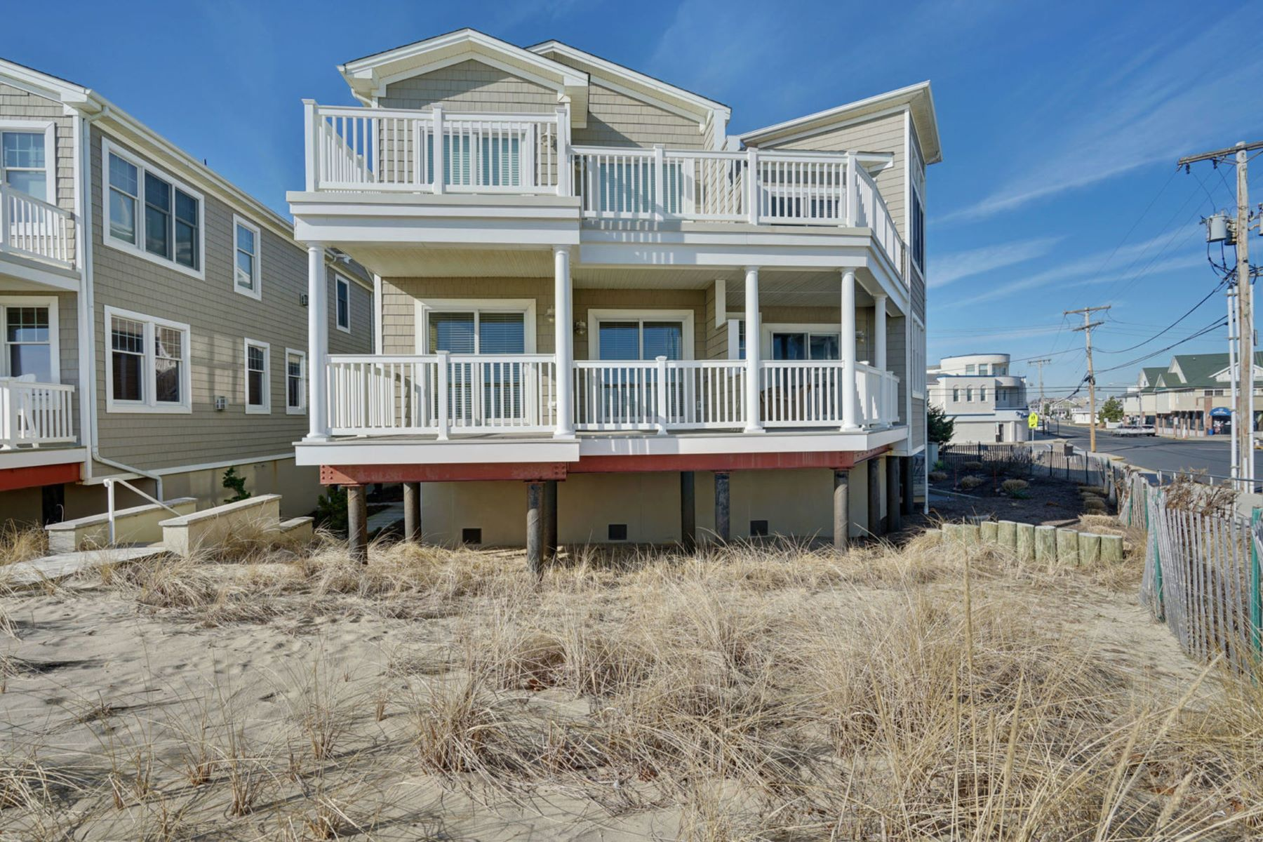Condominiums for Active at Sunrise Over The Ocean 209 Beachfront 1 Manasquan, New Jersey 08736 United States