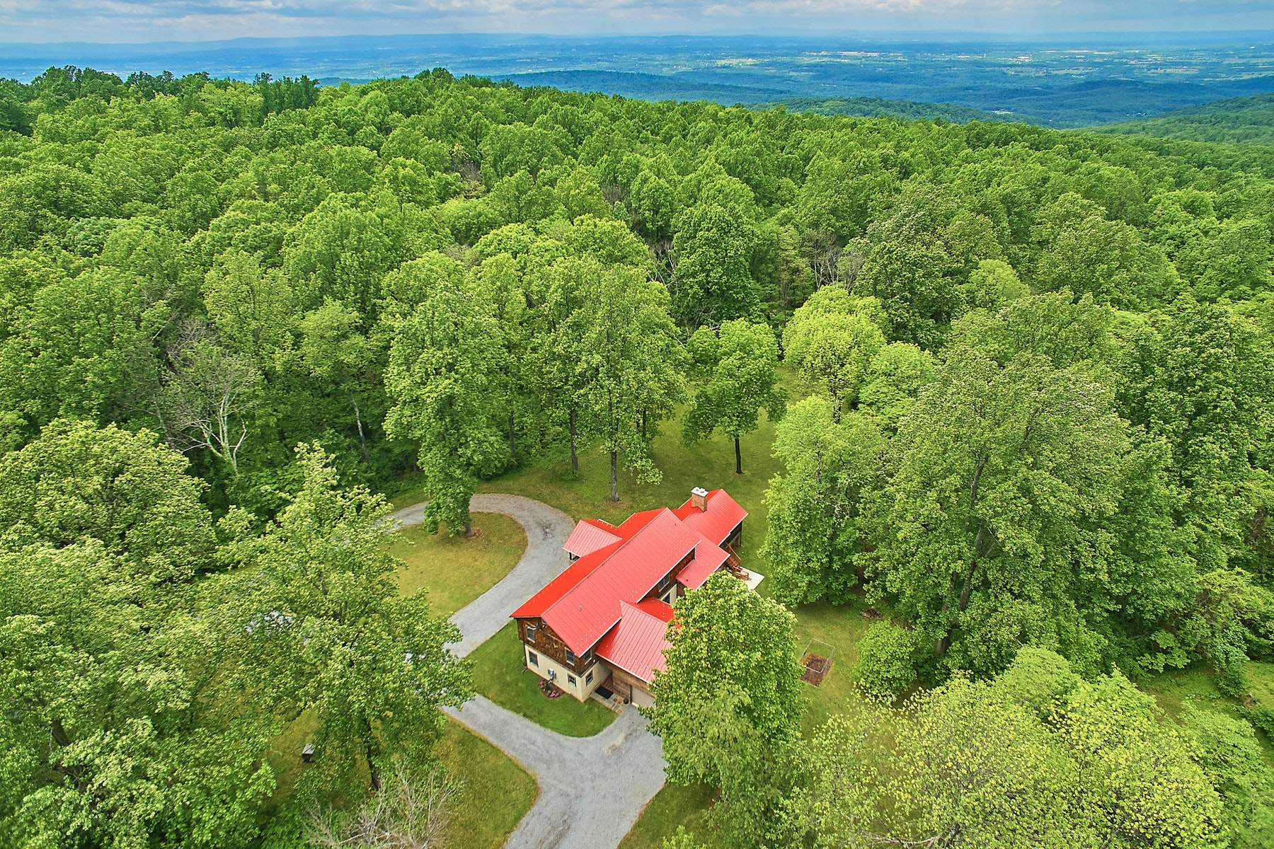 Single Family Home for Sale at 20769 Blueridge Mountain Road, Paris, VA 20130 20769 Blueridge Mountain Rd Paris, Virginia, 20130 United States
