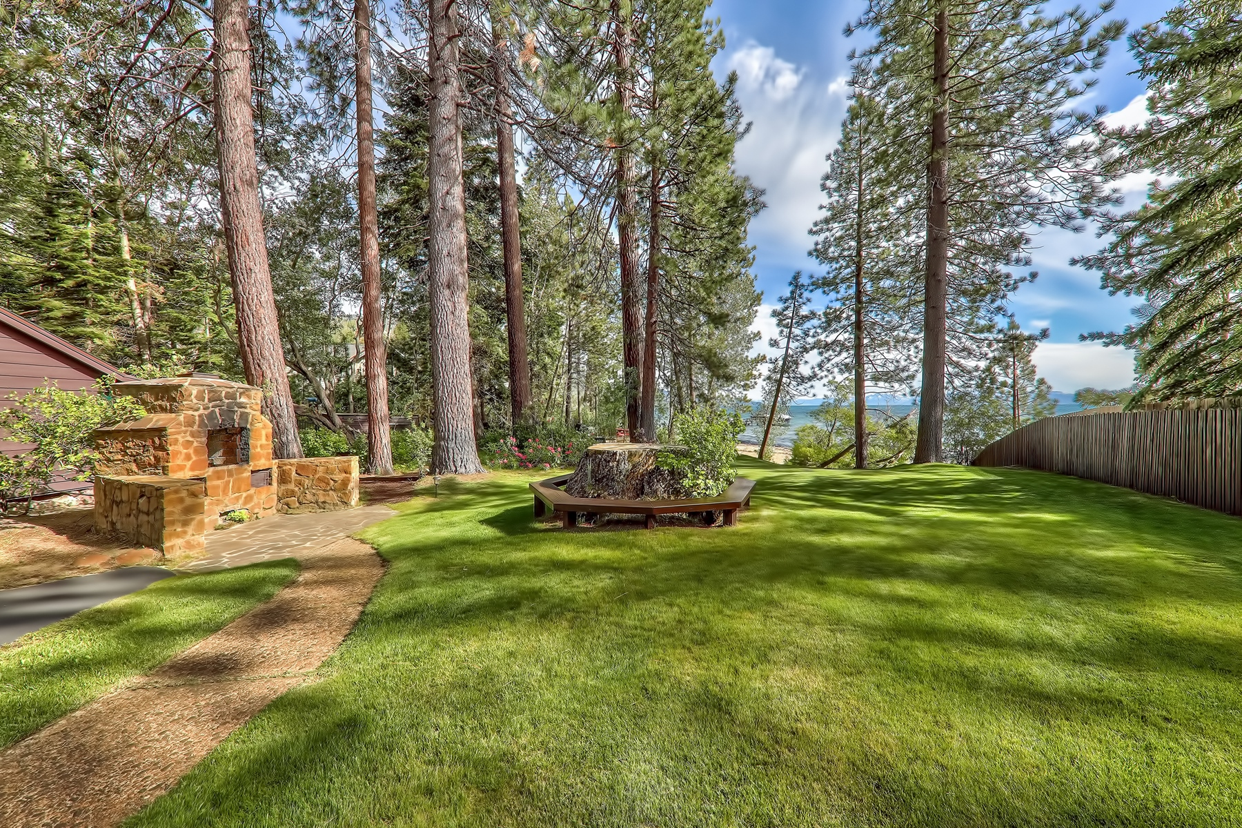Additional photo for property listing at 1615 Pinecone Circle, Incline Village, NV 89451 1615 Pinecone Circle Incline Village, 内华达州 89451 美国