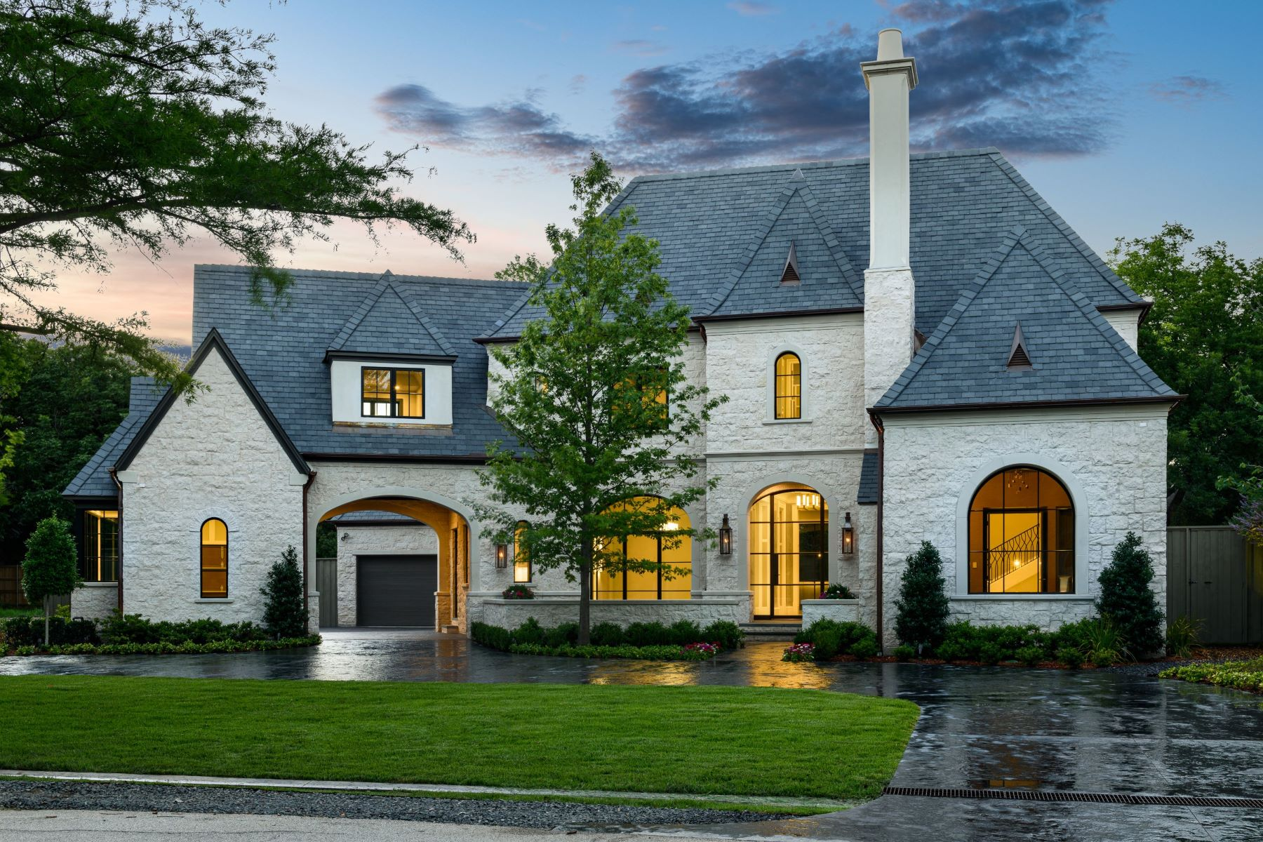 Single Family Homes 용 매매 에 French Country Living in Preston Hollow 5923 Park Lane, Dallas, 텍사스 75225 미국