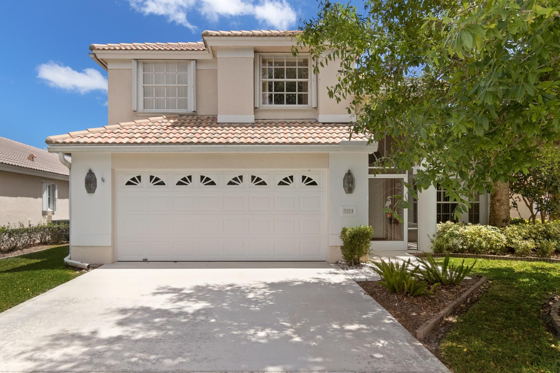 Maison unifamiliale pour l Vente à 7079 SE Twin Oaks Circle Stuart, Florida, 34997 États-Unis