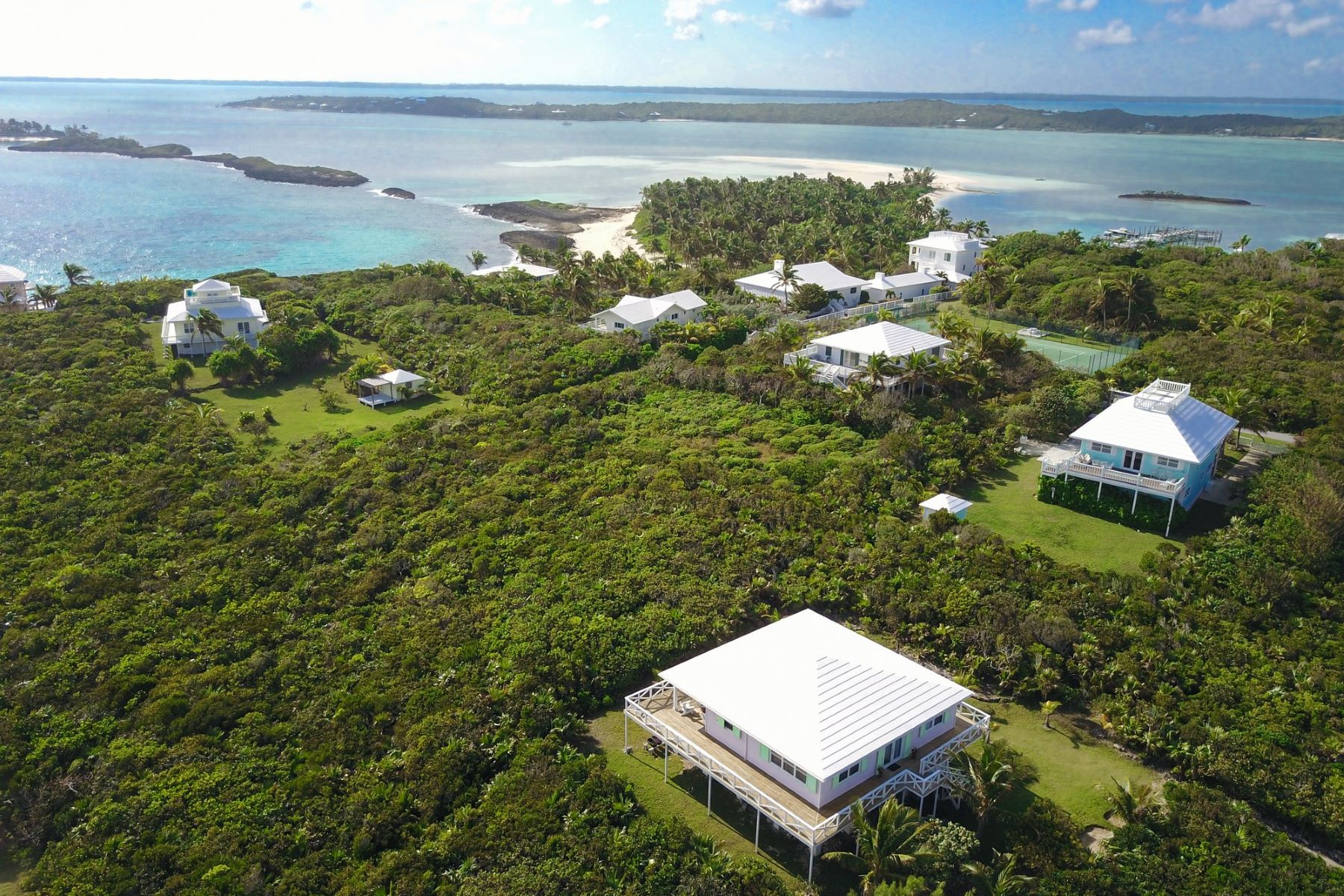 Land for Sale at Jamie's Lot 42 Elbow Cay Hope Town, Abaco Bahamas