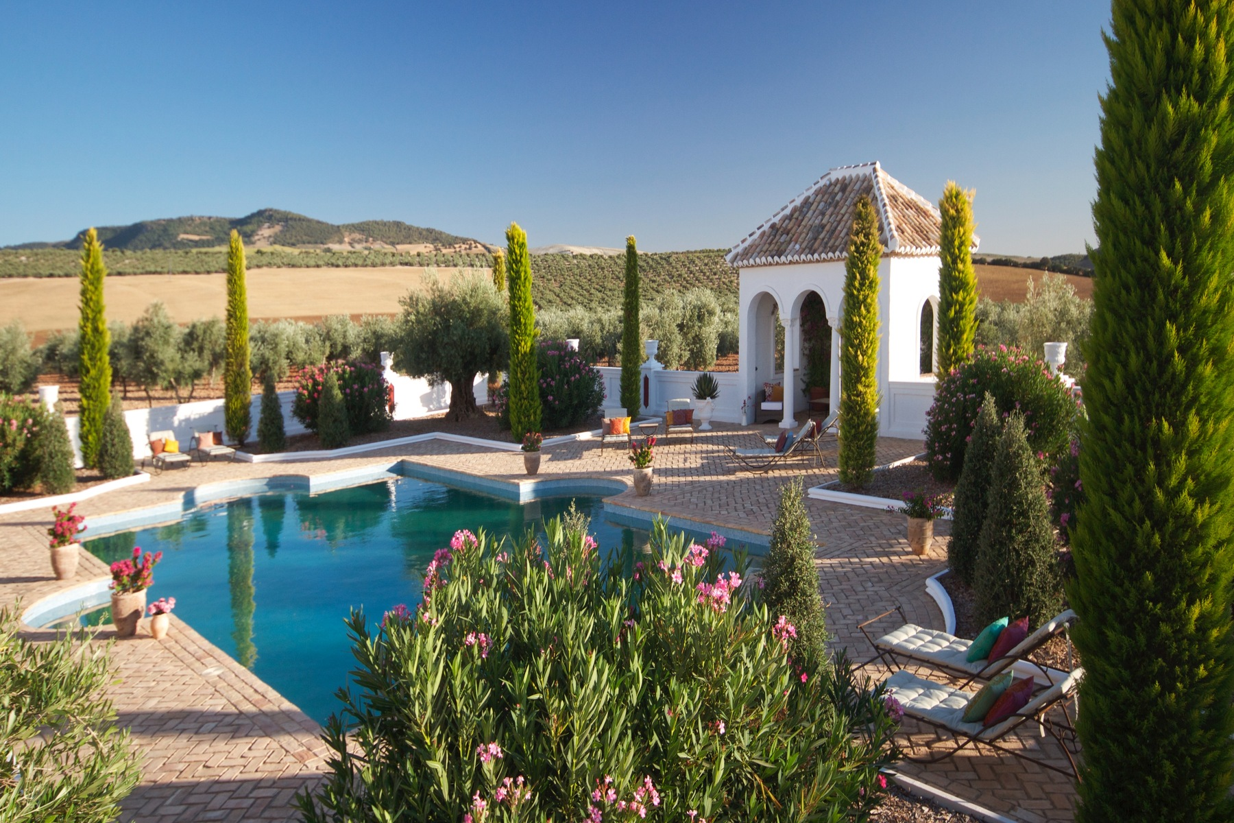 Single Family Homes for Sale at Extraordinary country house in Montellano, Seville Montellano Sevilla, Andalucia 41770 Spain