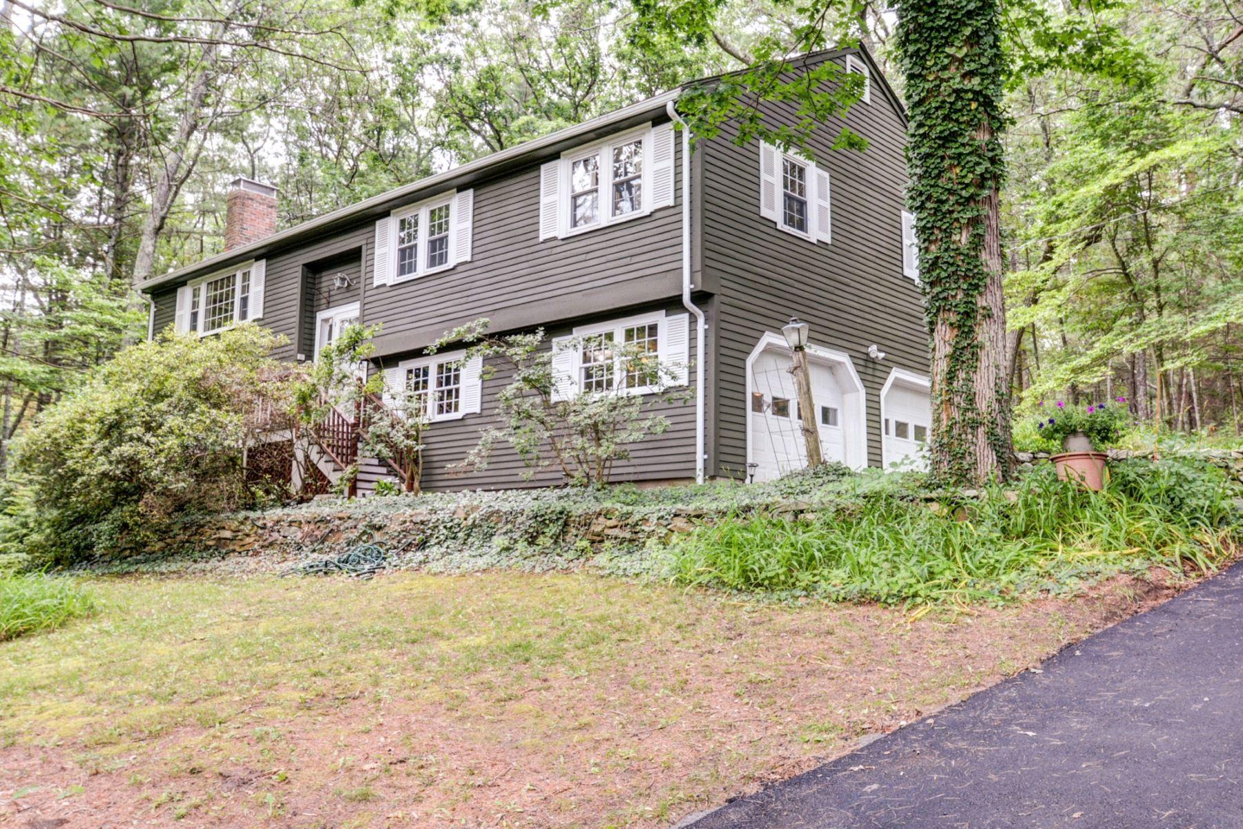 Moradia para Venda às Fox Run Neighborhood 554 Springs Road Bedford, Massachusetts, 01730 Estados Unidos
