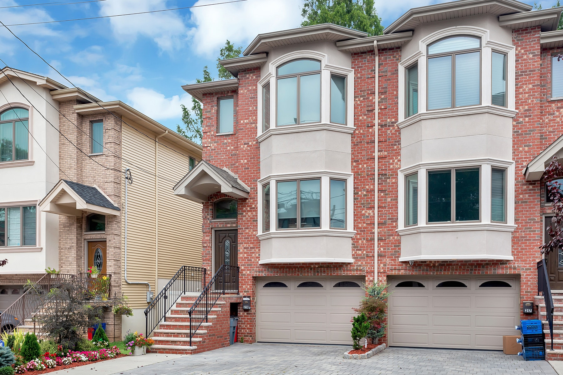 Single Family Homes for Sale at Upgraded Brick Townhouse 219 Knox Avenue Cliffside Park, New Jersey 07010 United States