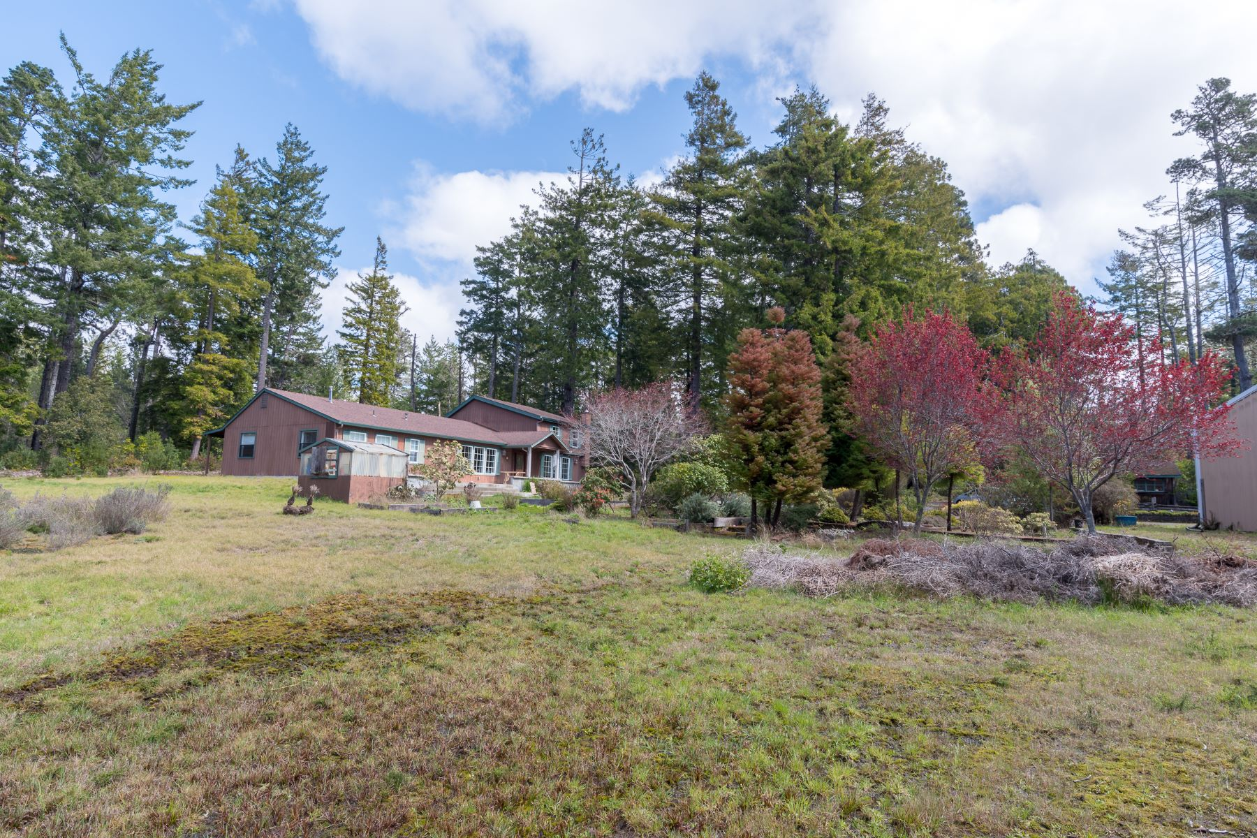 Single Family Home for Sale at Country Estate 9931 Warner Lane, Mendocino, California, 95460 United States