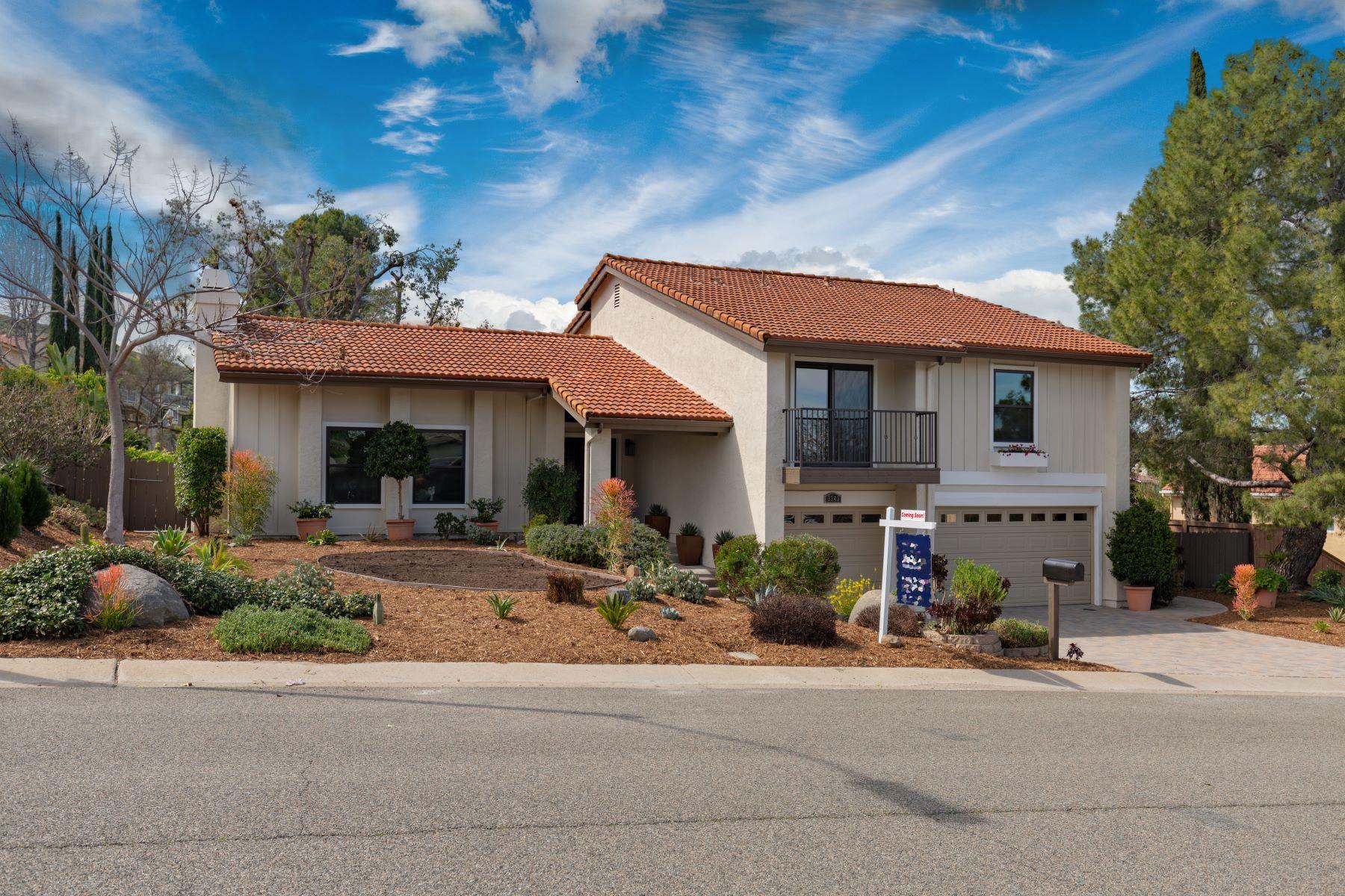 Single Family Home for Active at 3343 Avenida Sierra Escondido, California 92029 United States