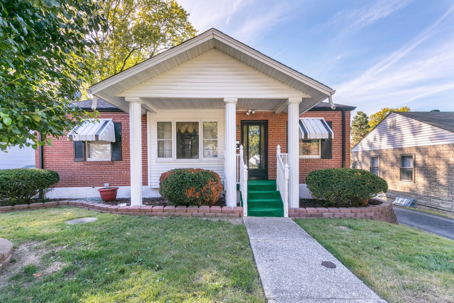 Single Family Home for Sale at Ashby Road 3651 Ashby Road St. Ann, Missouri 63074 United States
