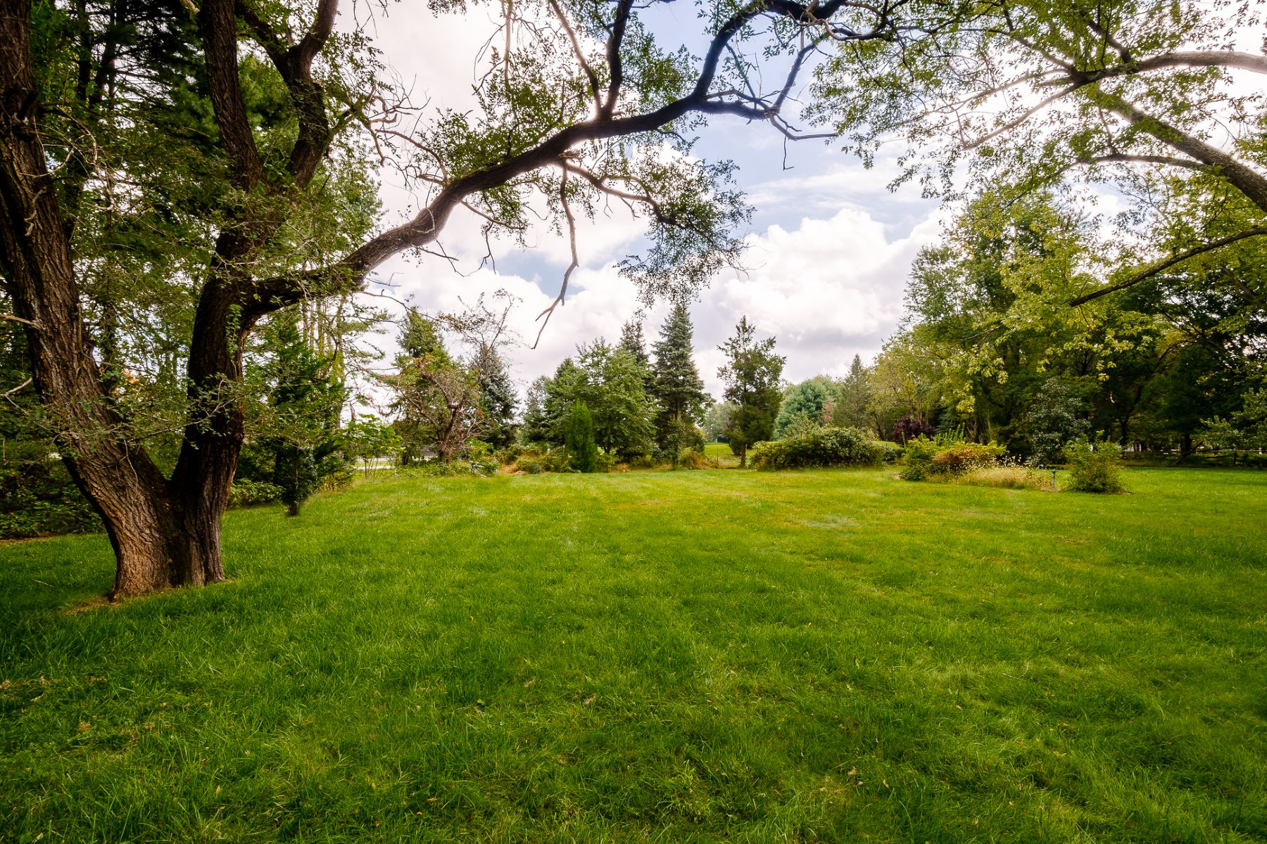 Land for Sale at Generous Land Lot in West Windsor Township 6A North Mill Road, West Windsor, New Jersey 08550 United States