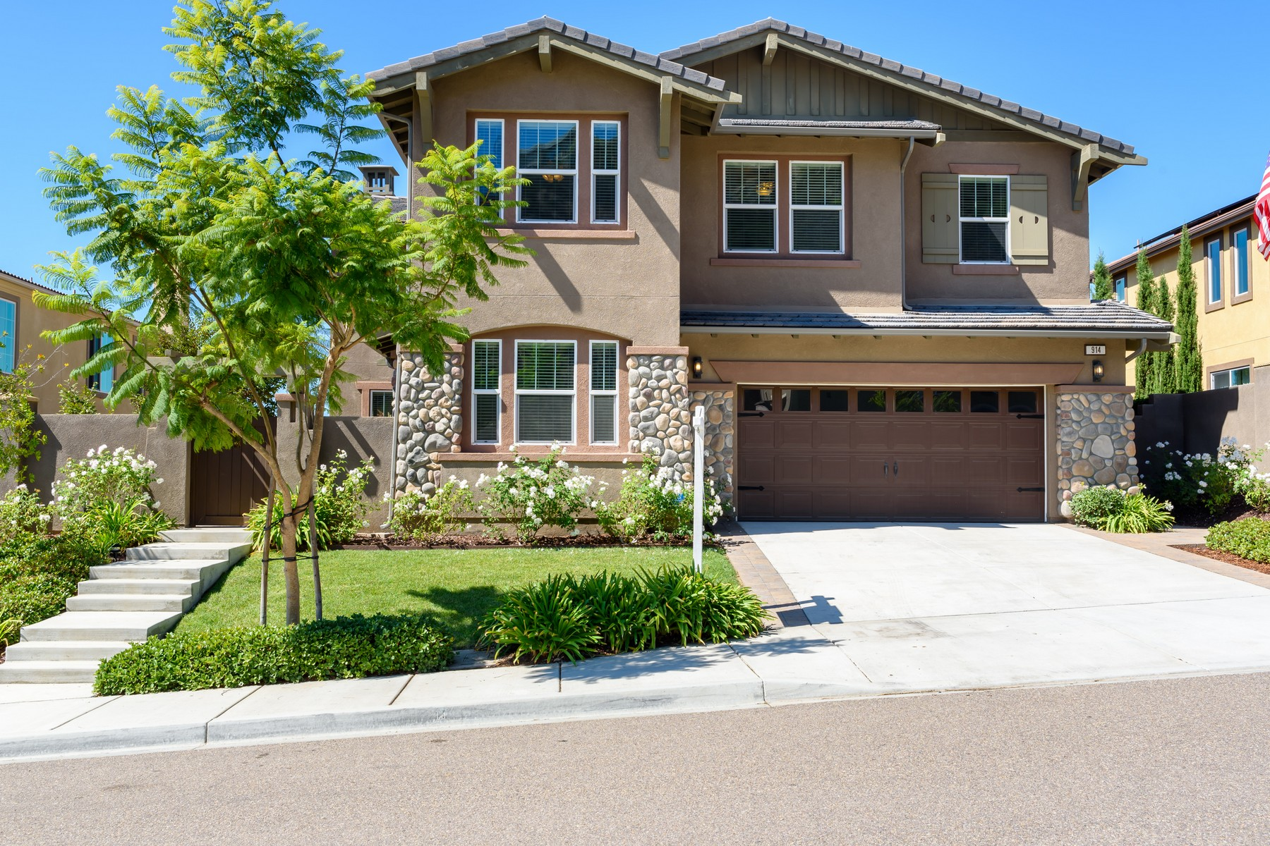 Single Family Homes for Sale at 914 Tucana Drive San Marcos, California 92078 United States