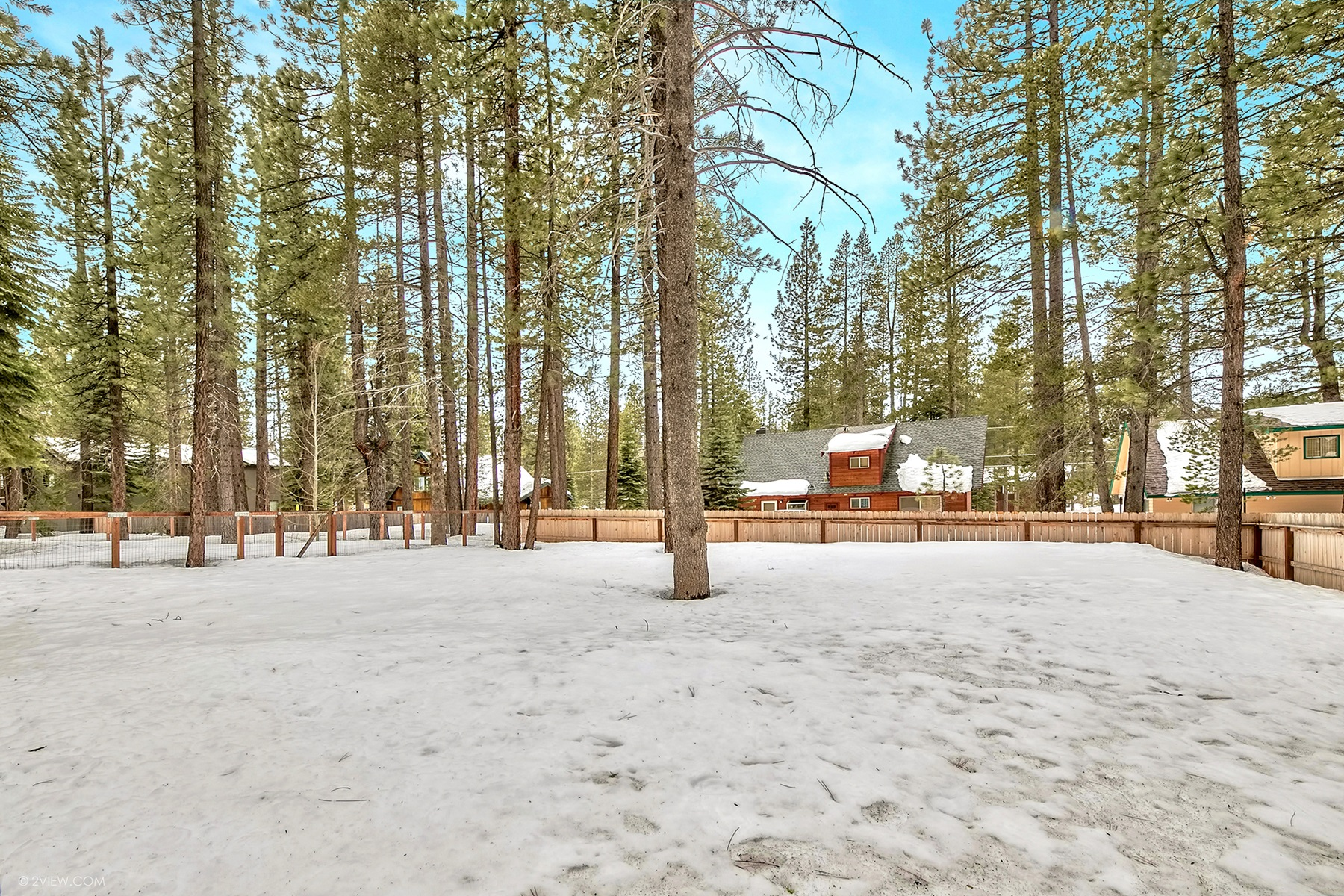 Additional photo for property listing at 1798 Saponi Street, South Lake Tahoe, CA 96150 1798 Saponi Street South Lake Tahoe, California 96150 United States