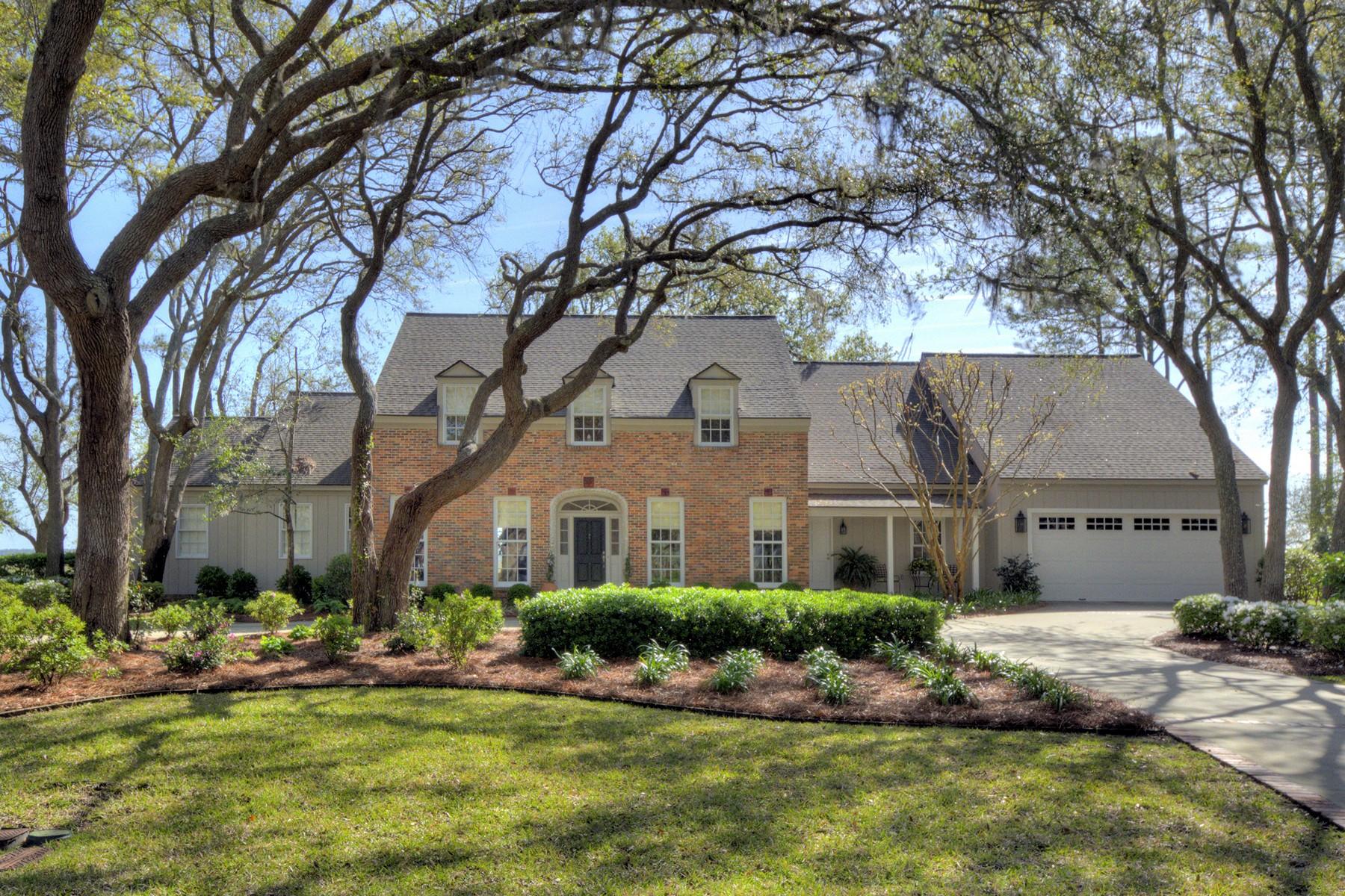 Nhà ở một gia đình vì Bán tại 154 Shore Rush Drive 154 Shore Rush Drive St. Simons Island, Georgia 31522 Hoa Kỳ