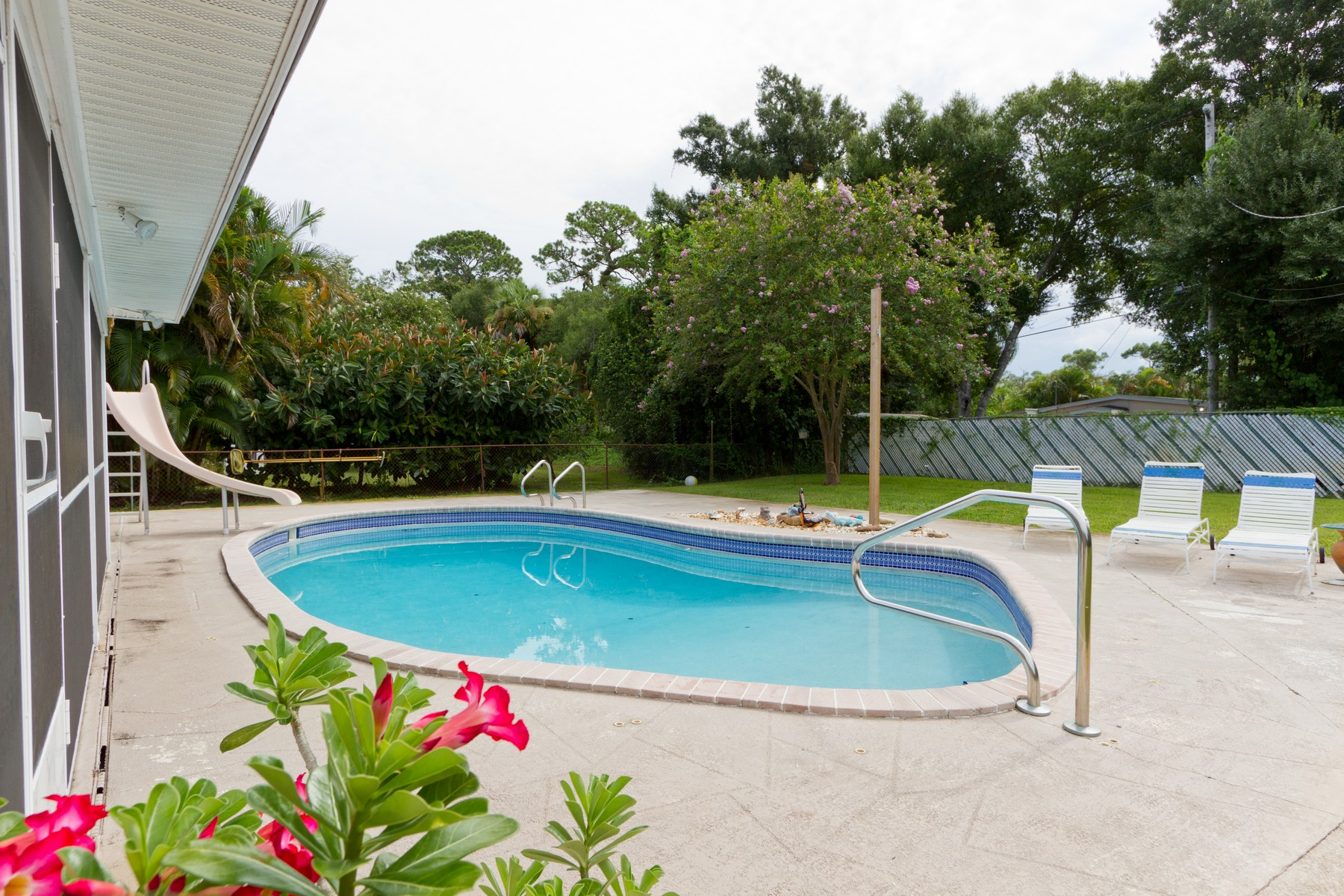 Property for Sale at Florida Charm 1836 32nd Avenue Vero Beach, Florida 32960 United States