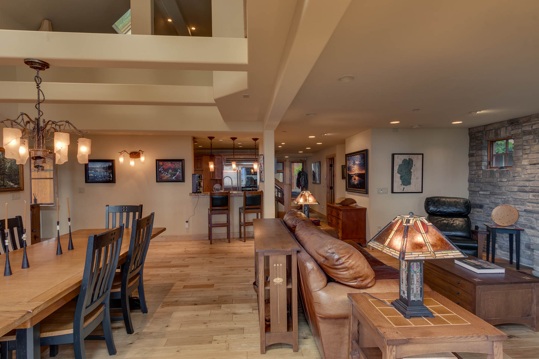 Additional photo for property listing at 5019 California Street, Carnelian Bay, Ca 96140 5019 California Street Carnelian Bay, California 96140 Estados Unidos