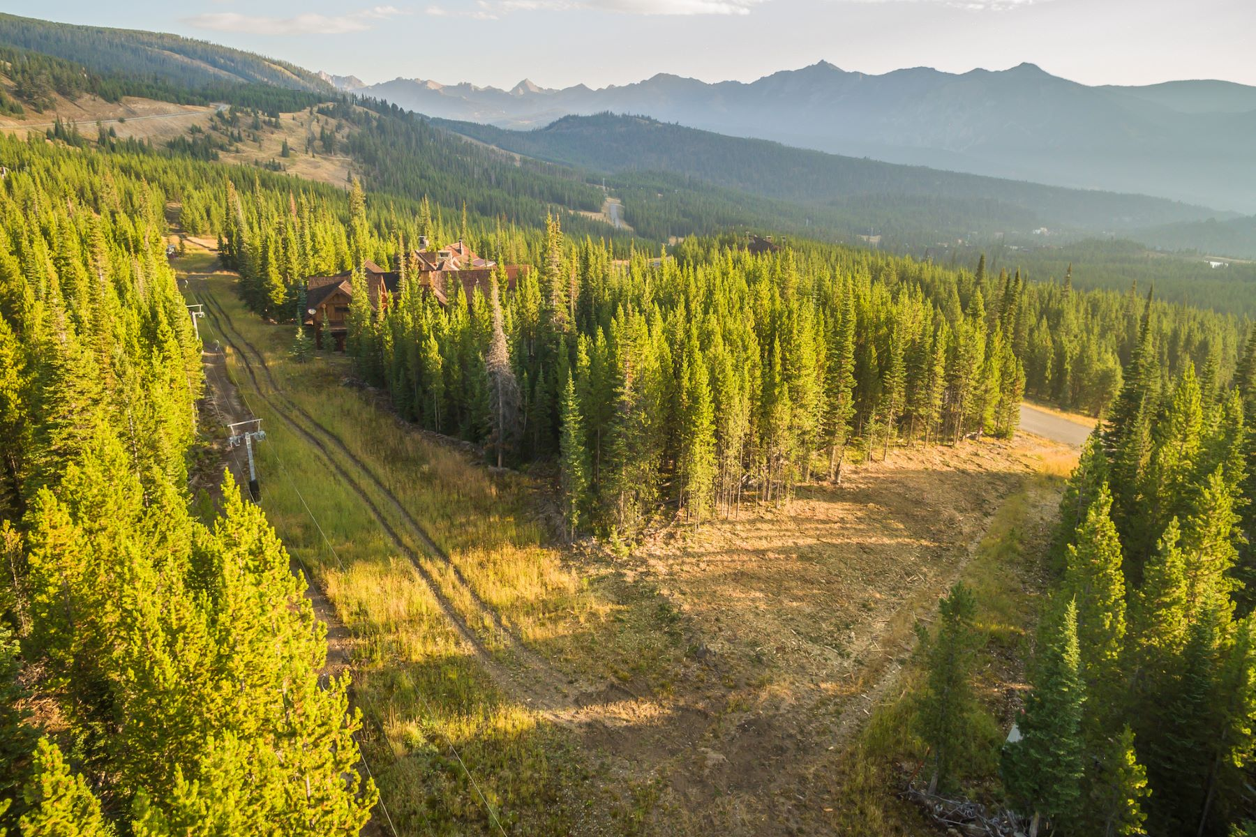 Terreno per Vendita alle ore Ski-in/ Ski-out Homesite Lot 61 Goshawk Trail, Big Sky, Montana, 59716 Stati Uniti