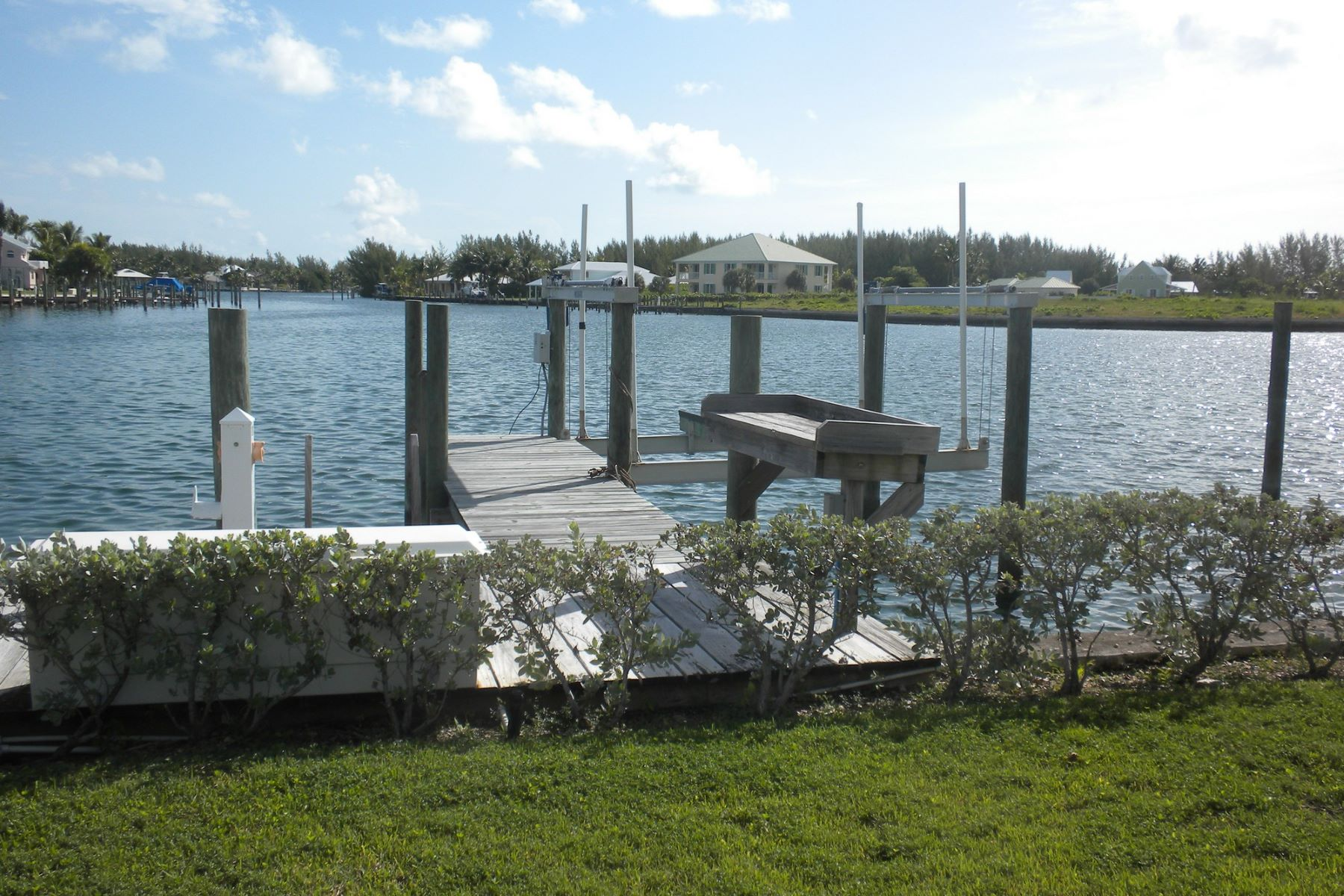 Additional photo for property listing at King's Retreat Treasure Cay, Abaco Bahamas