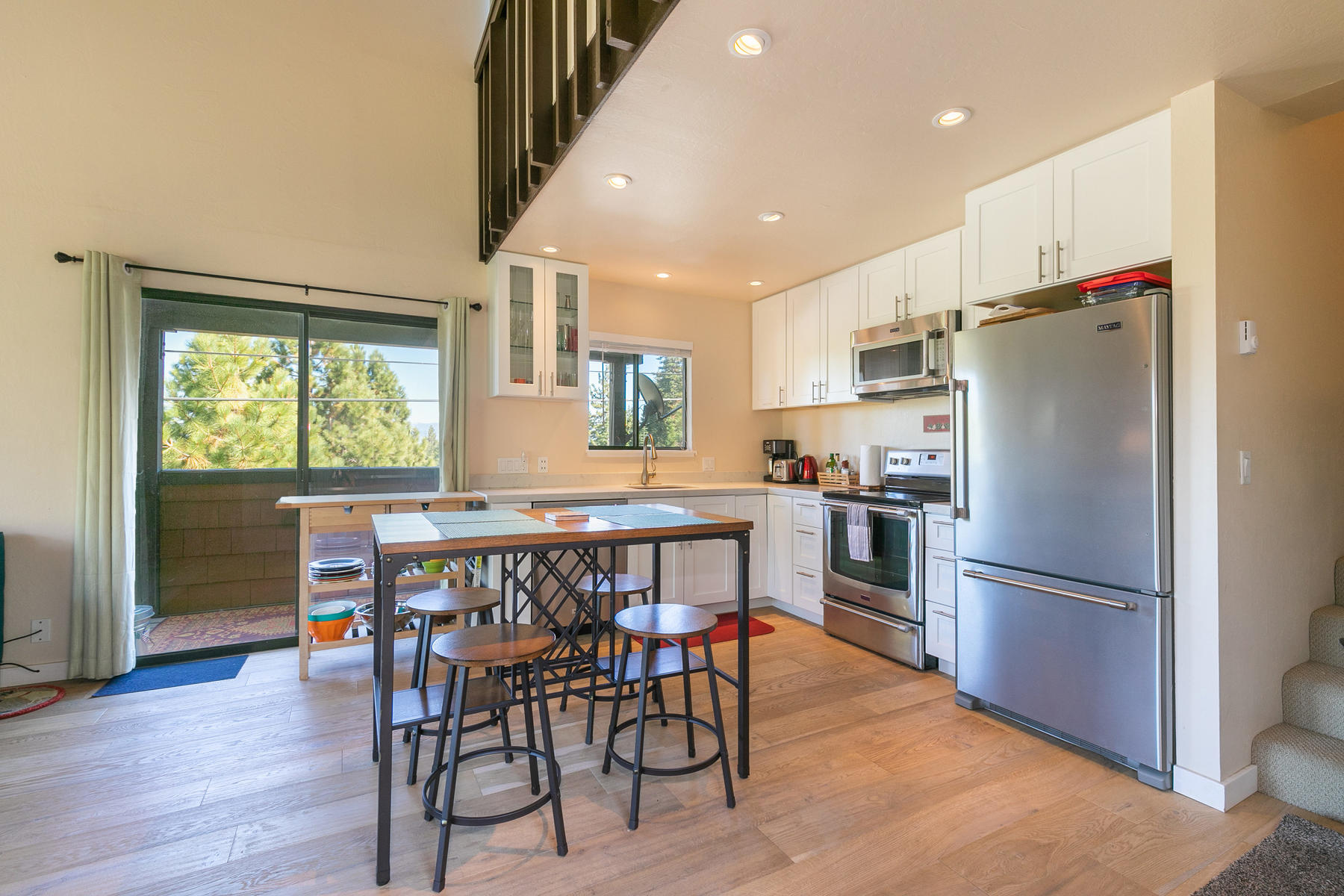 Additional photo for property listing at 11633 Snowpeak Way #502, Truckee, CA 11633 Snowpeak Way # 502 Truckee, California 96161 United States