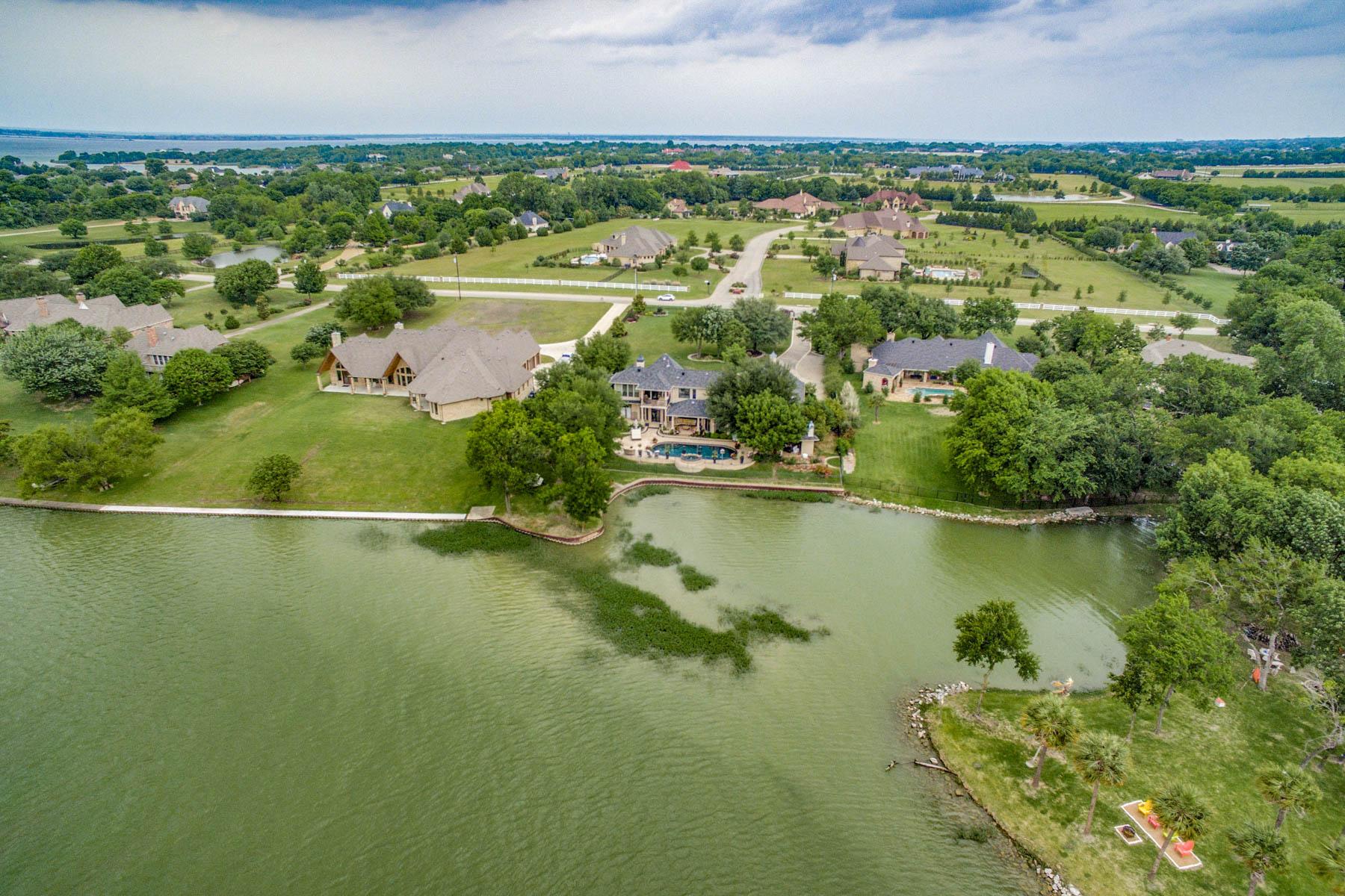 Частный односемейный дом для того Продажа на Lake Ray Hubbard Waterfront Views 205 Rush Creek Dr, Heath, Техас, 75032 Соединенные Штаты