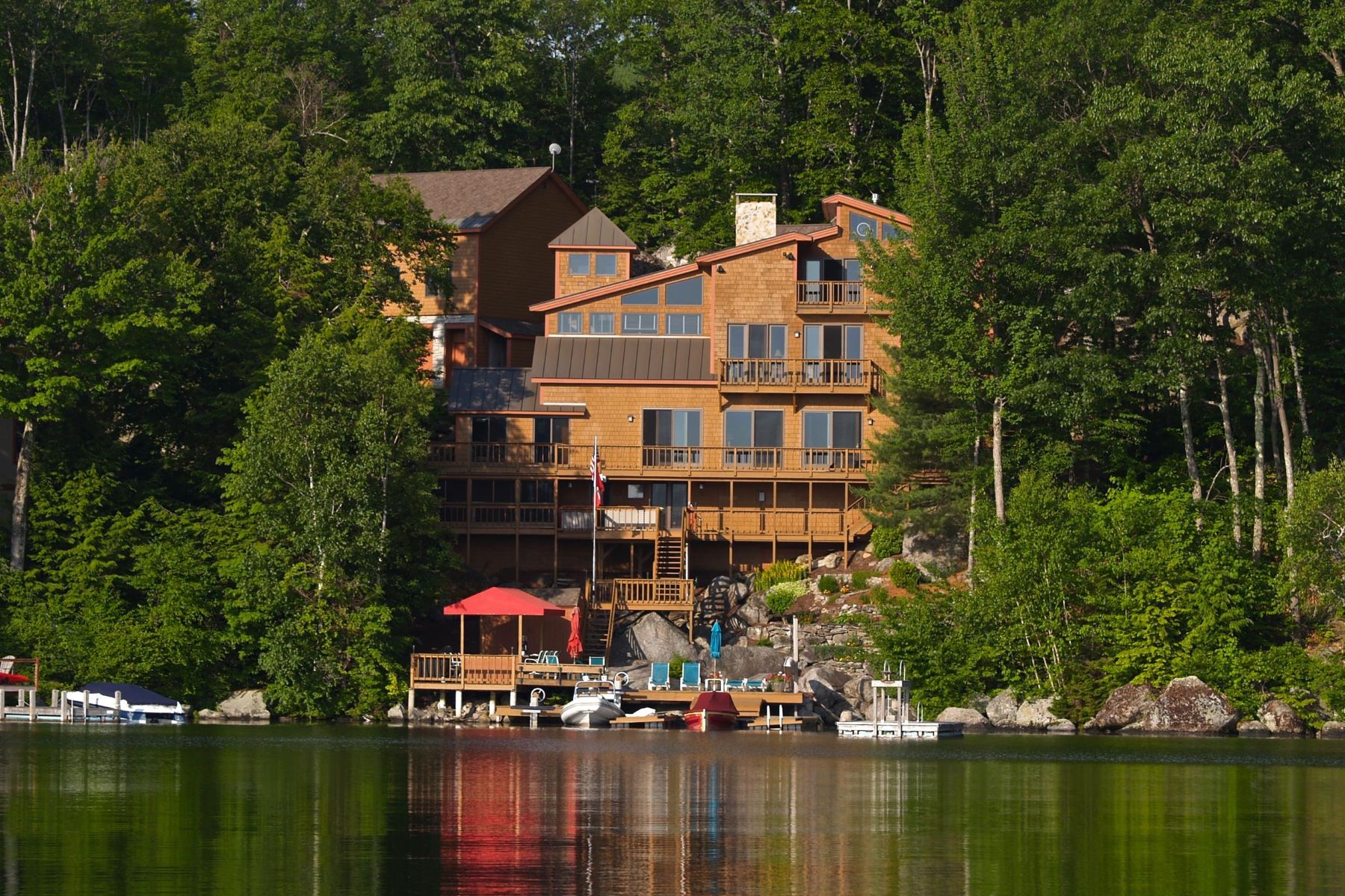 Single Family Homes for Active at Lake Sunapee 354 Bay Point Rd Sunapee, New Hampshire 03782 United States