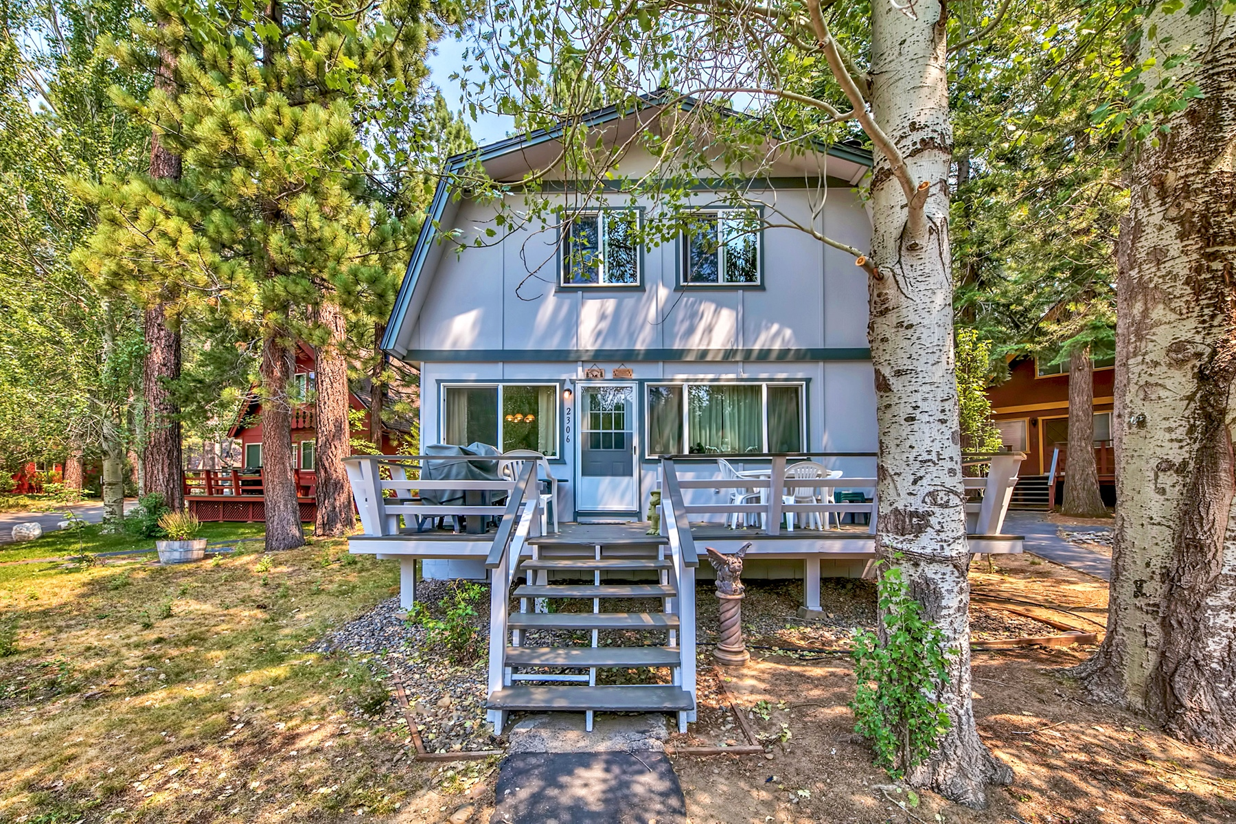 Single Family Home for Active at 2306 Sky Meadows, South Lake Tahoe, CA 96150 2306 Sky Meadows South Lake Tahoe, California 96150 United States