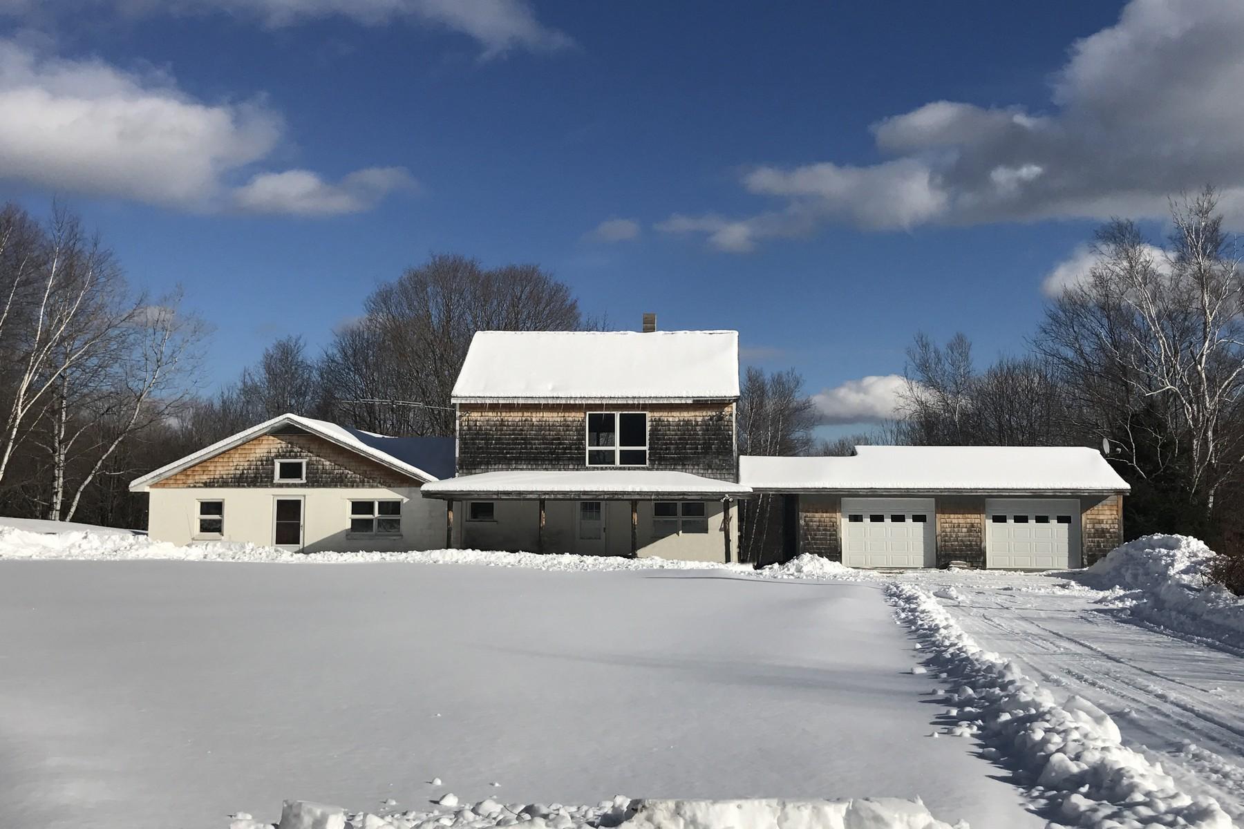 Частный односемейный дом для того Продажа на 90 Acres on South Hill 2021 South Hill, Ludlow, Вермонт, 05149 Соединенные Штаты