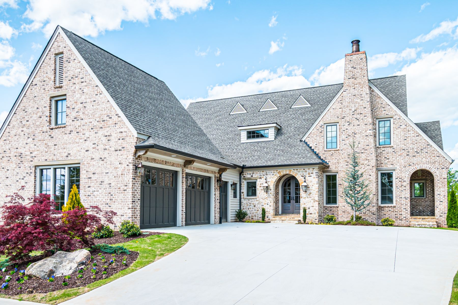 Single Family Homes for Sale at The Manor Cottages 3535 Glenalven Loop Alpharetta, Georgia 30004 United States