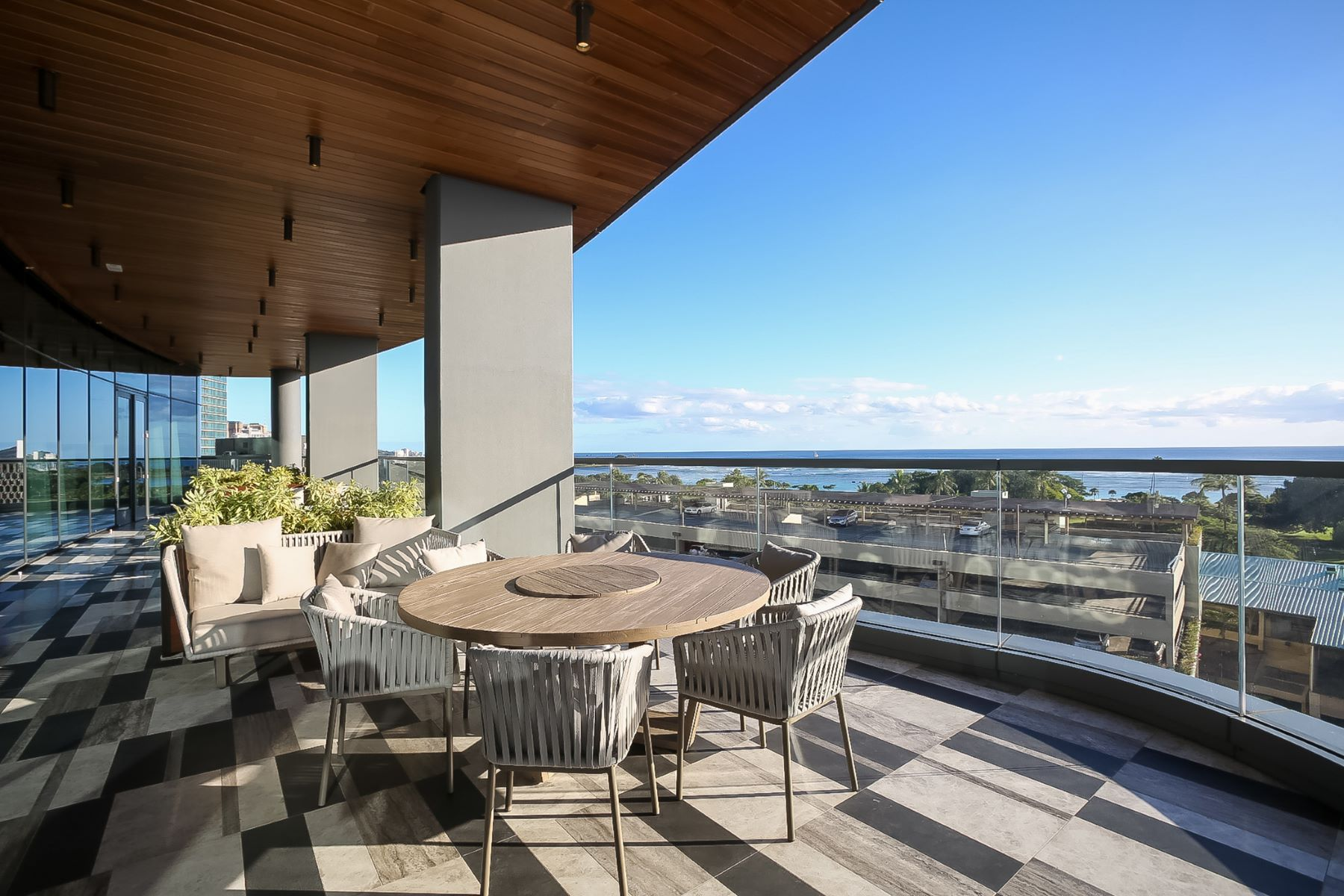 Additional photo for property listing at Luxury in the Sky 1108 Auahi St #2702 Honolulu, Hawaii 96814 United States