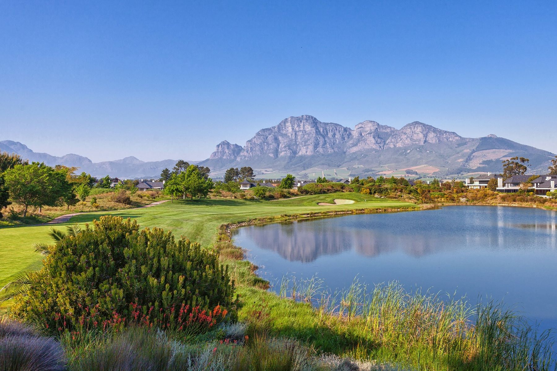 Земля для того Продажа на Golf facing plots on Pearl Valley Paarl, Западно-Капская Провинция, 7646 Южная Африка