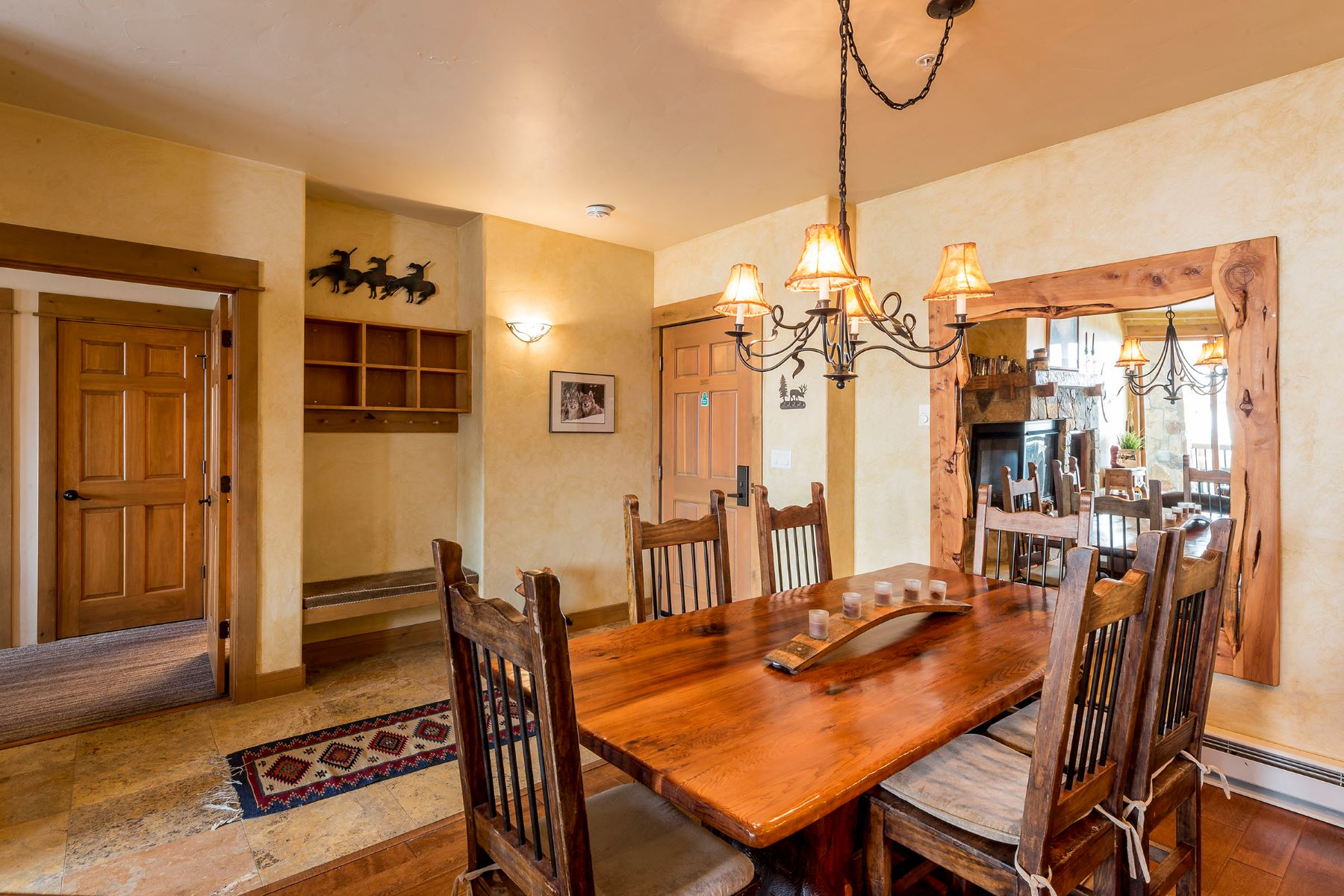 Additional photo for property listing at Eagleridge Lodge 1463 Flattop Circle Unit 201 Steamboat Springs, Colorado 80487 United States