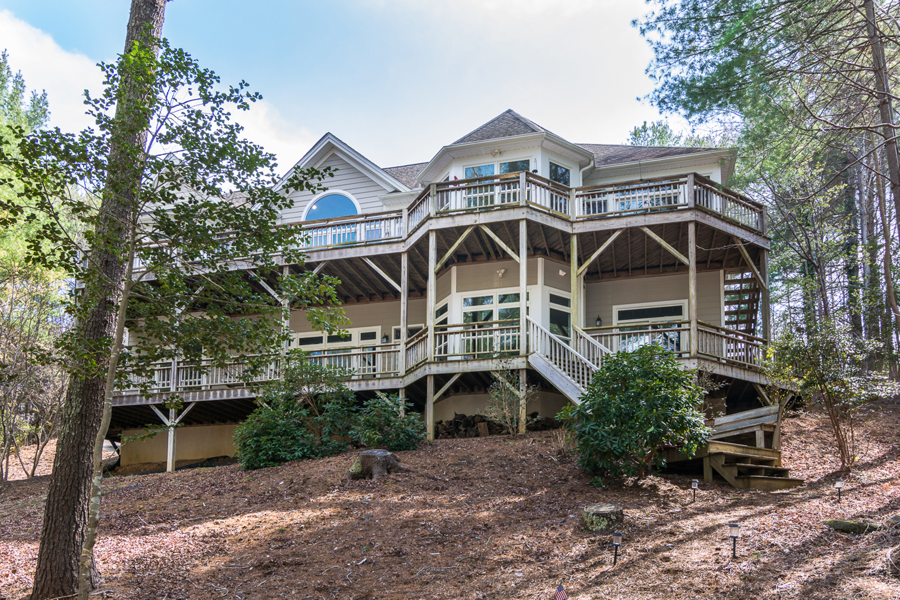 Single Family Homes for Sale at LAKE JAMES 1742 Southpointe Dr Morganton, North Carolina 28655 United States