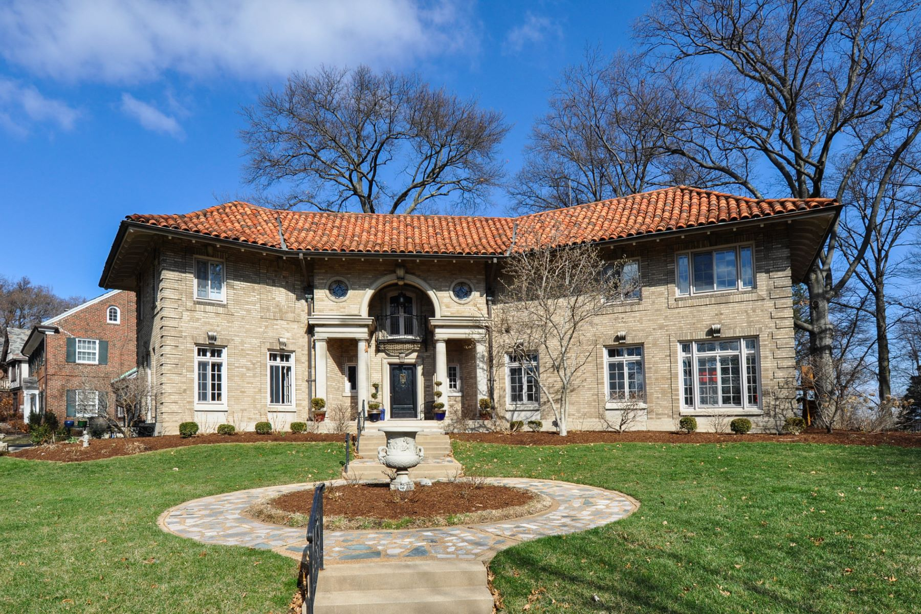 Single Family Home for Sale at Italian Renaissance masterpiece 7201 Greenway Avenue University City, Missouri 63130 United States