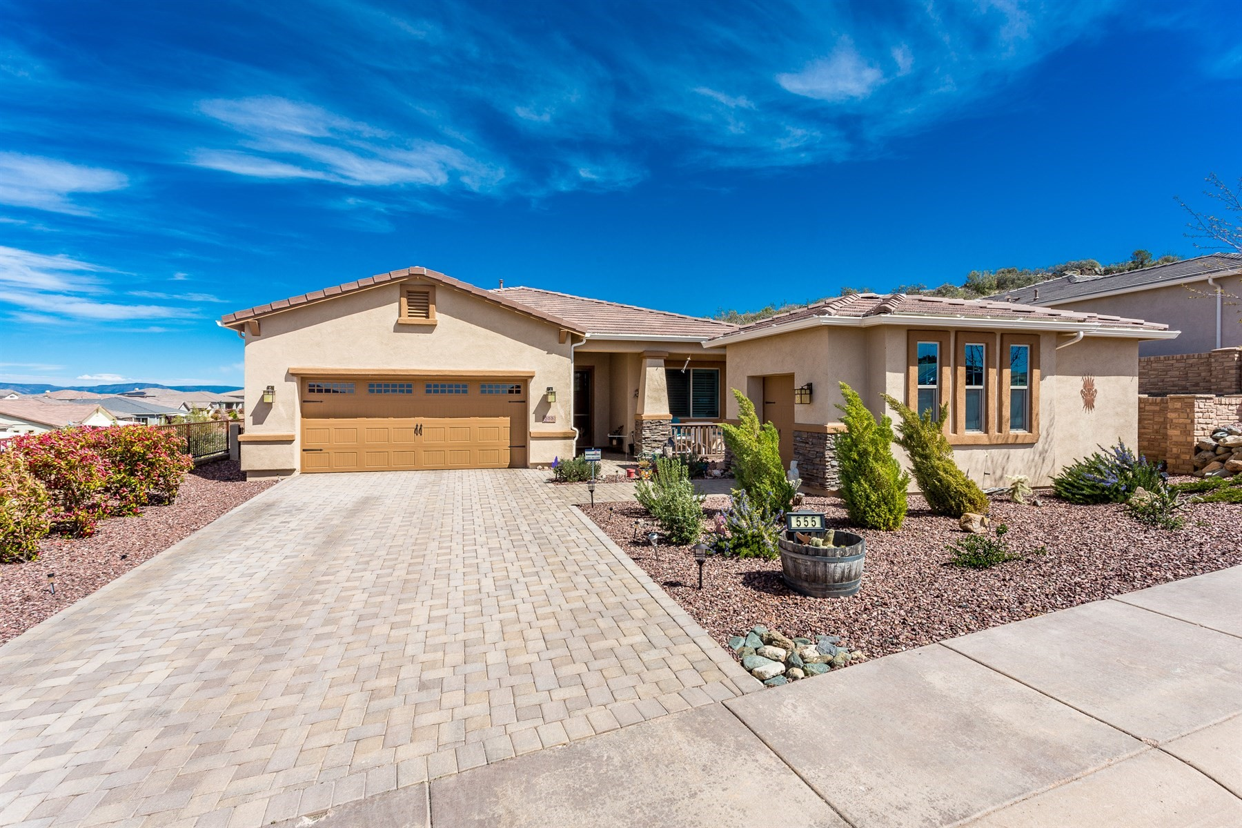 Single Family Home for Sale at Beautiful single story Prescott home 555 Tawny Drive Prescott, Arizona, 86301 United States