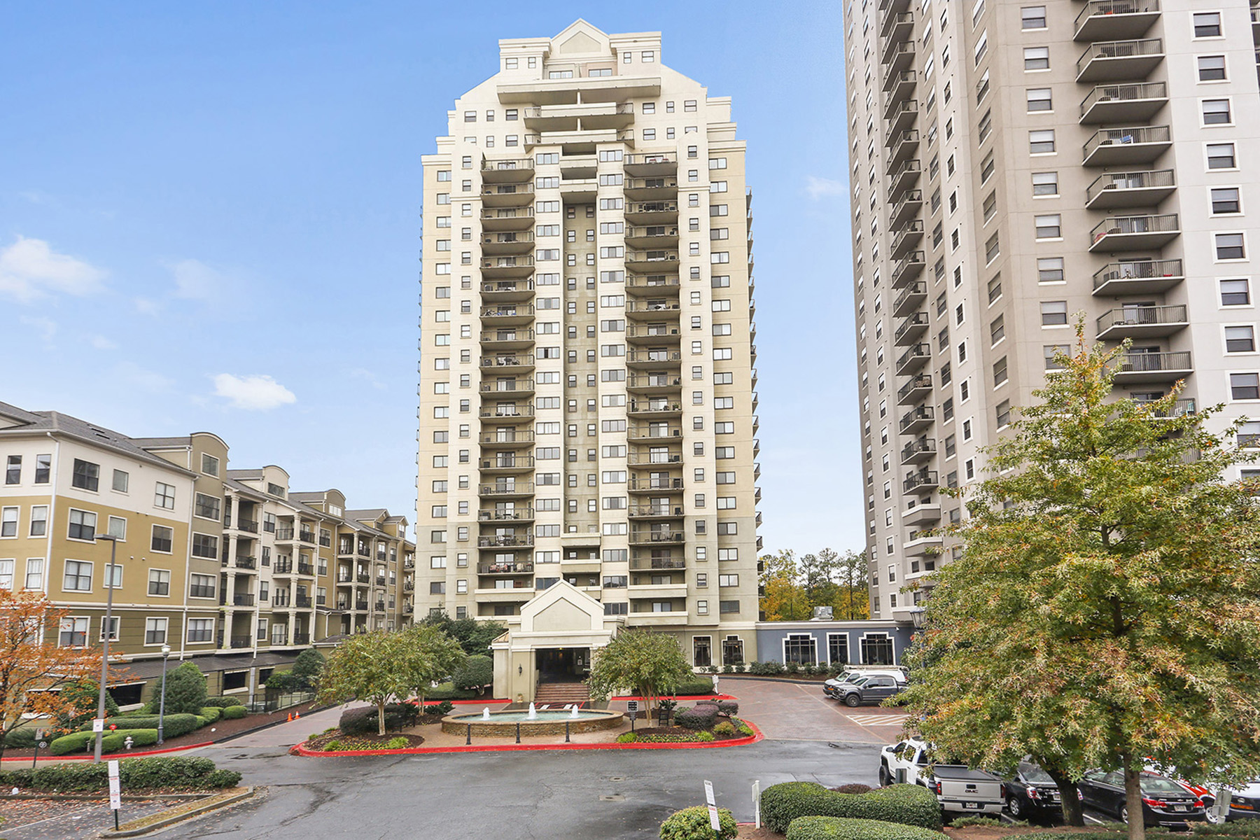 Condominium for Sale at Gorgeous One Bedroom High Rise Condo in Sandy Springs 799 Hammond Drive #303 Atlanta, Georgia 30328 United States