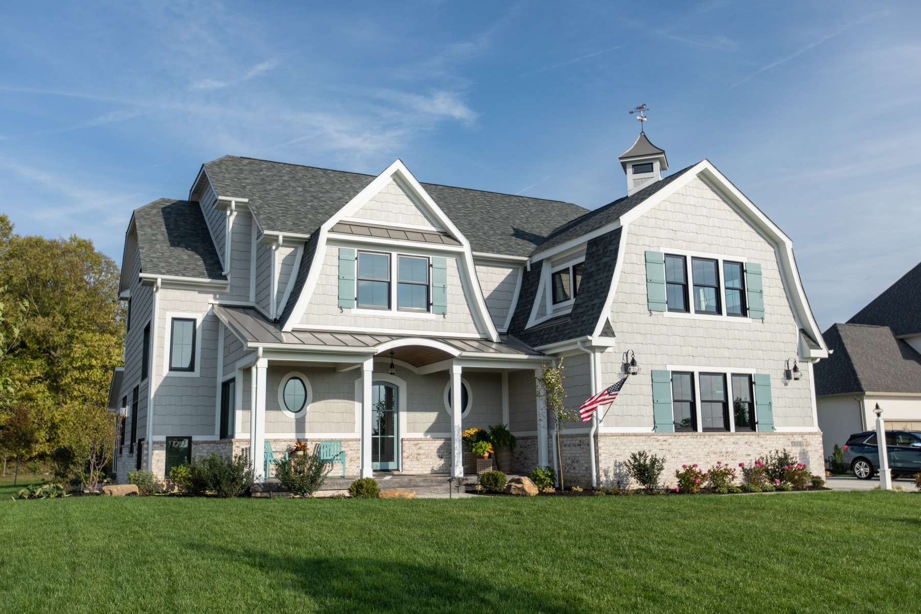 Single Family Homes for Active at Custom Dutch Colonial 5120 Melborne Place Zionsville, Indiana 46077 United States