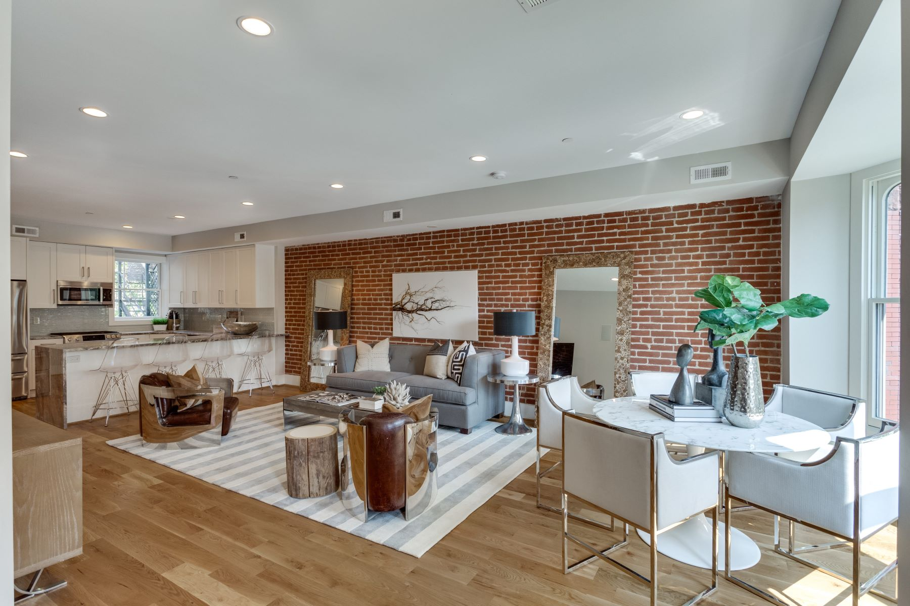 Single Family Home for Sale at The Appleton 2024 16th Street NW #2 Washington, District Of Columbia 20009 United States