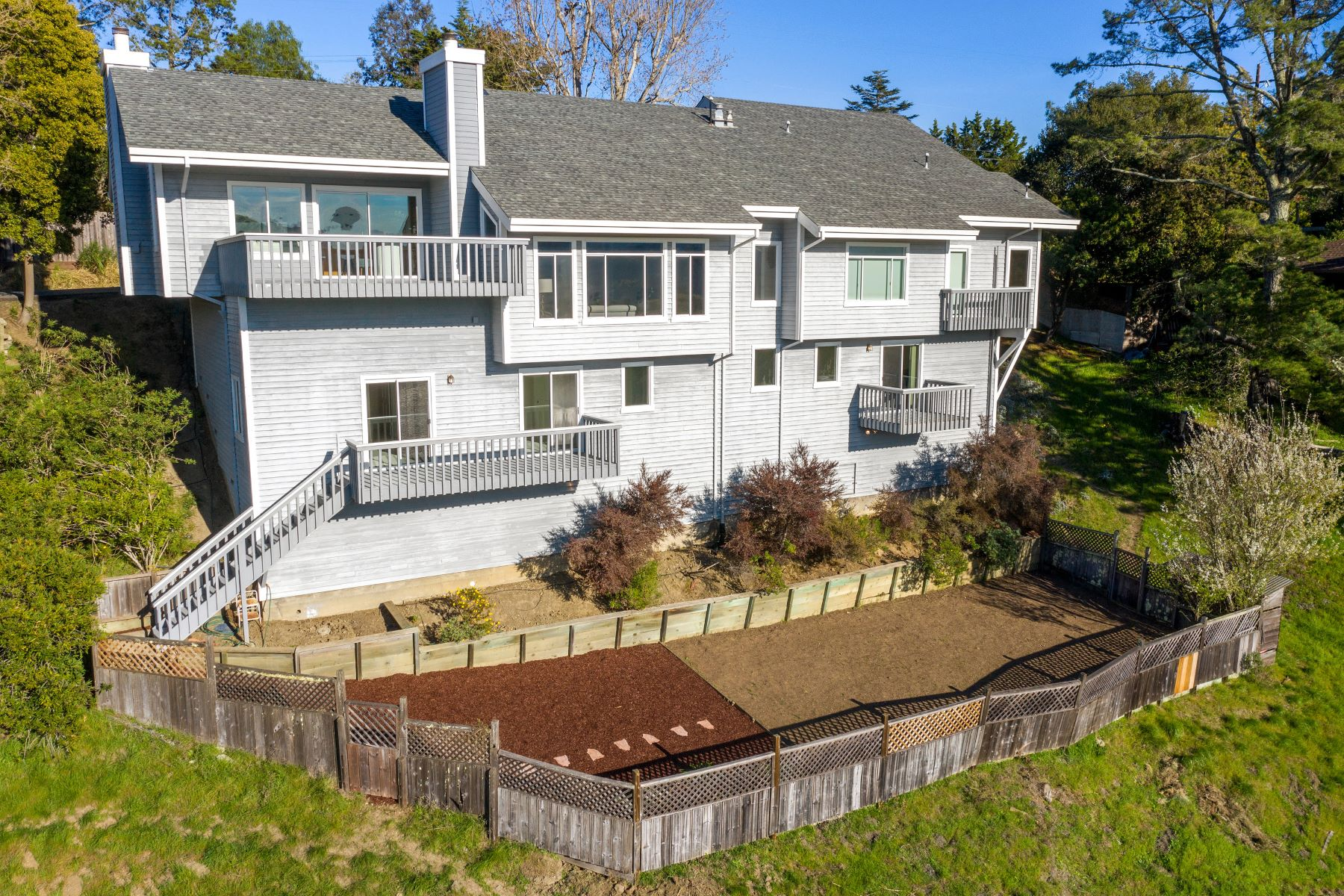 Single Family Homes for Active at Spectacular Vistas in Sleepy Hollow 732 Fawn Drive San Anselmo, California 94960 United States