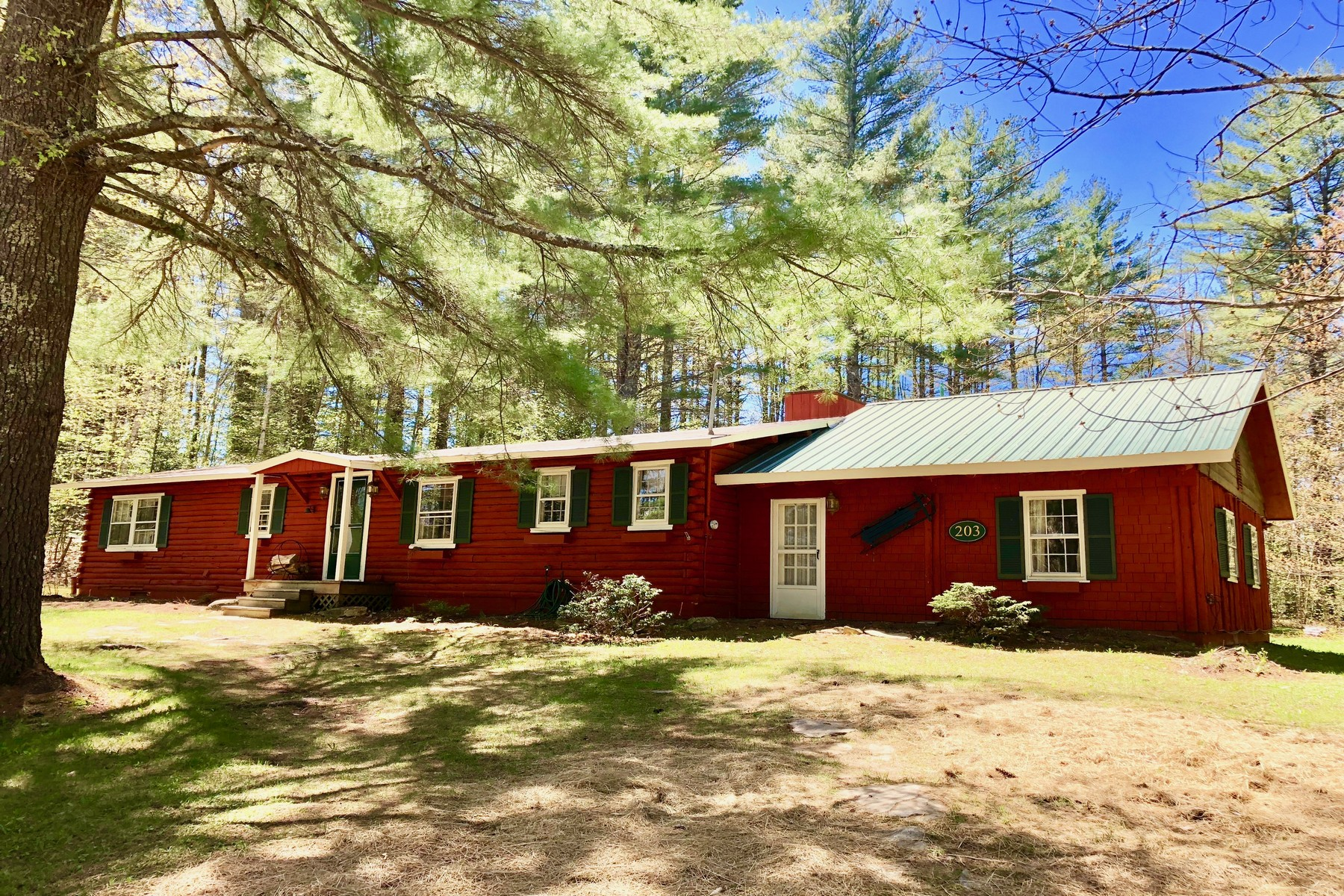 Single Family Home for Sale at Log Cabin in Ski Country 203 Landgrove Rd Londonderry, Vermont 05148 United States