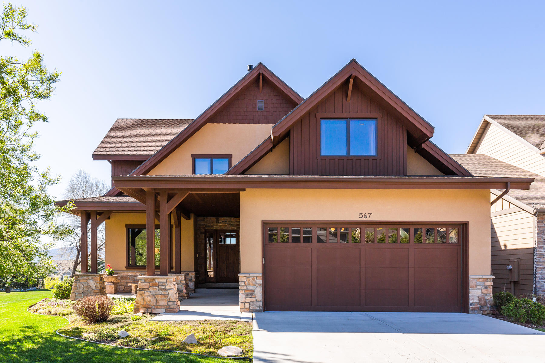 Single Family Homes for Sale at Quality Custom Built Home on Golf Course! 567 Bayhill Drive Midway, Utah 84049 United States