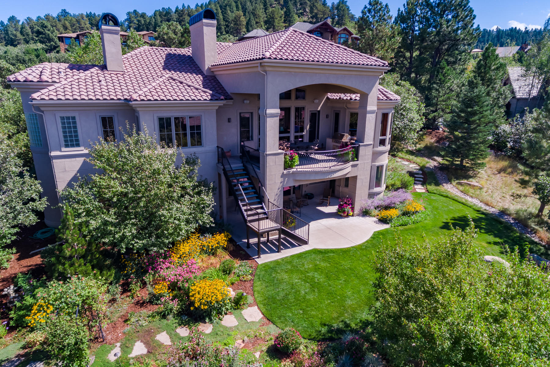 Single Family Home for Active at 1058 Country Club Estates Dr 1058 Country Club Estates Dr Castle Rock, Colorado 80108 United States
