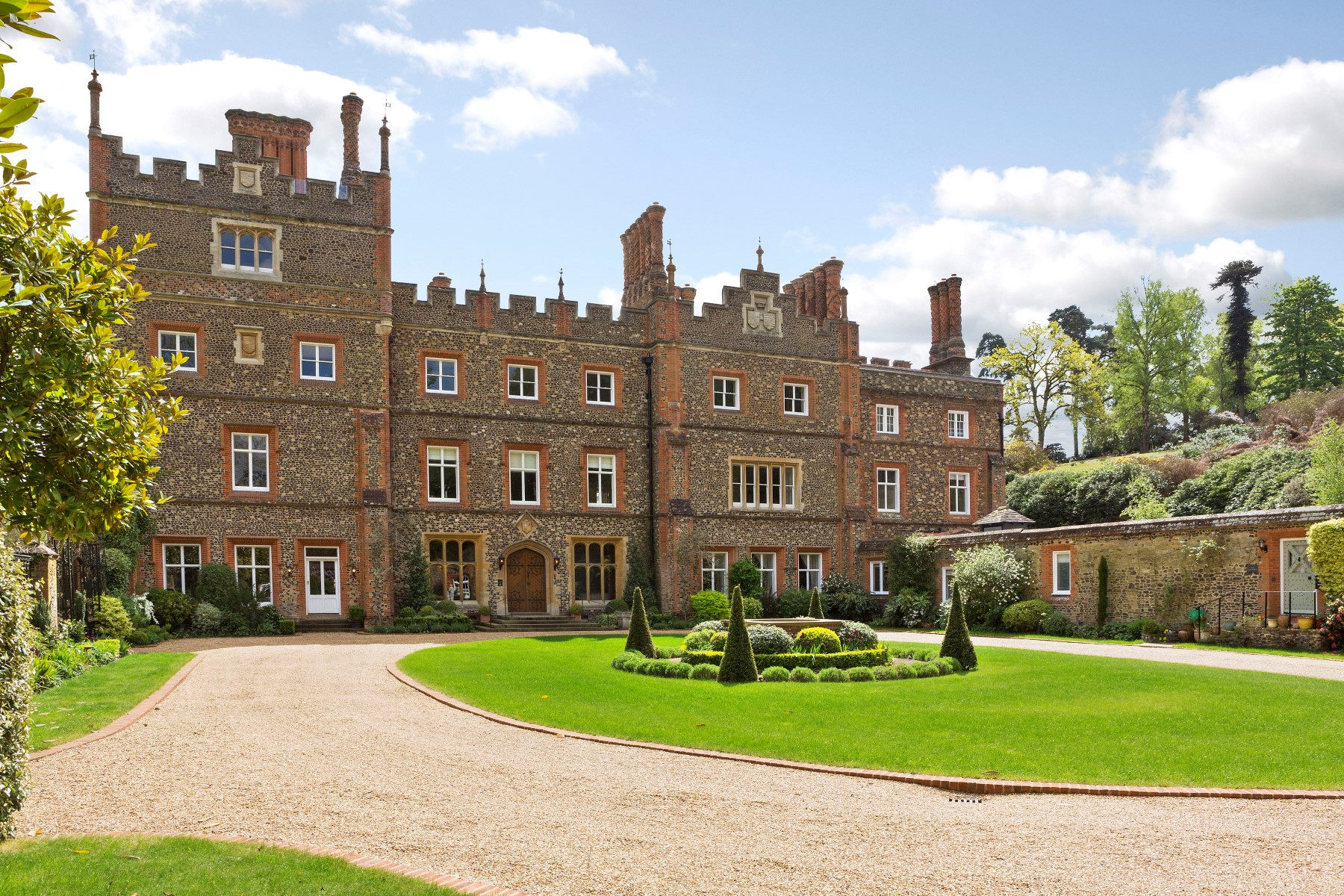 Single Family Homes for Sale at The Buttery, 2 Albury Park Mansion Albury, England GU5 9BB United Kingdom
