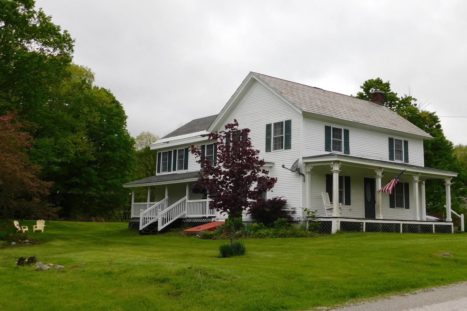 single family homes for Sale at Beautifully renovated farmhouse! 1237 Furnace Rd Pittsford, Vermont 05763 United States