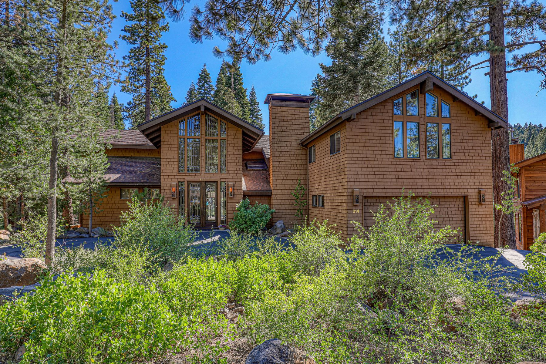 Single Family Homes for Active at Northstar Creekside Home 814 Beaver Pond Truckee, California 96161 United States