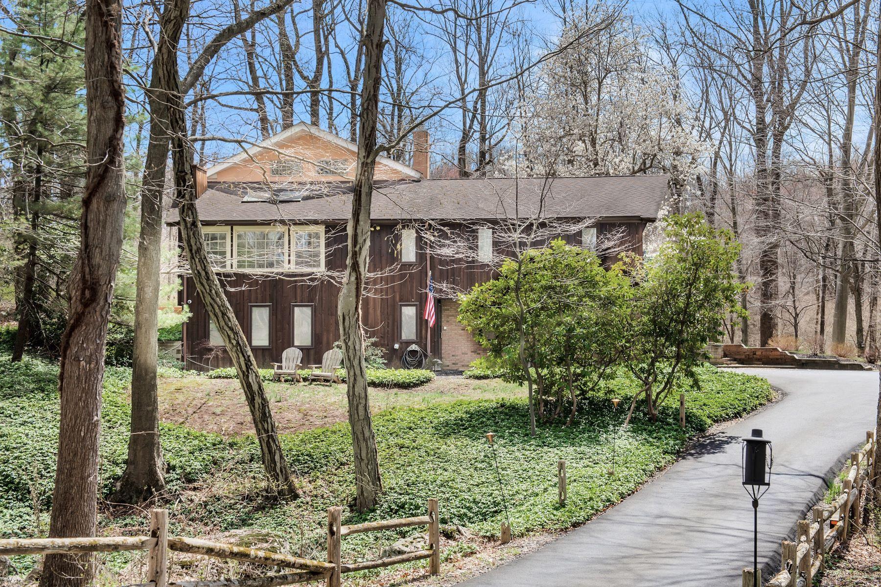 single family homes для того Продажа на Custom Raised Ranch 57 Pleasant Grove Road, Washington Township, Нью-Джерси 07853 Соединенные Штаты