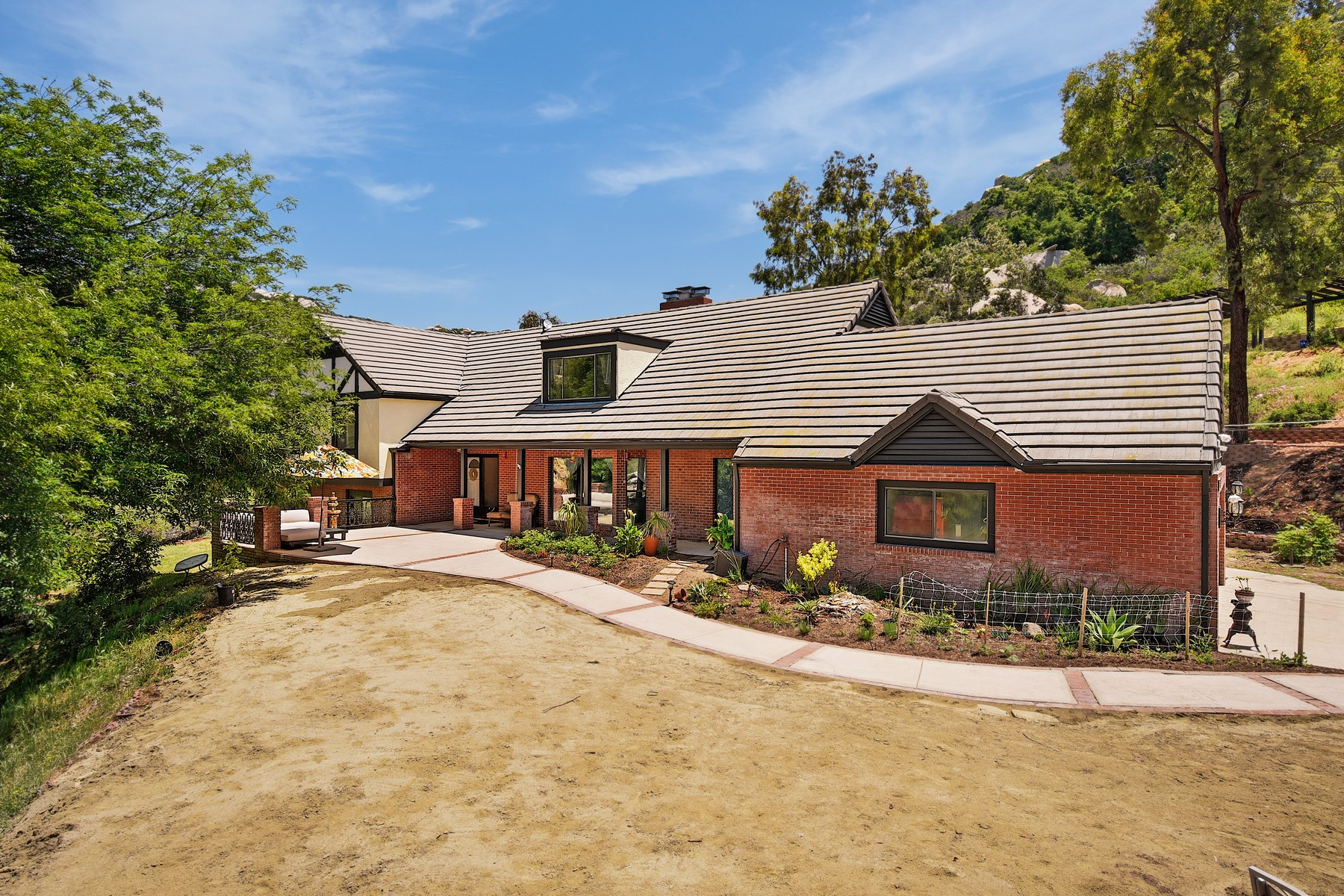 Single Family Homes for Sale at 16311 Coyote Creek Trail Poway, California 92064 United States