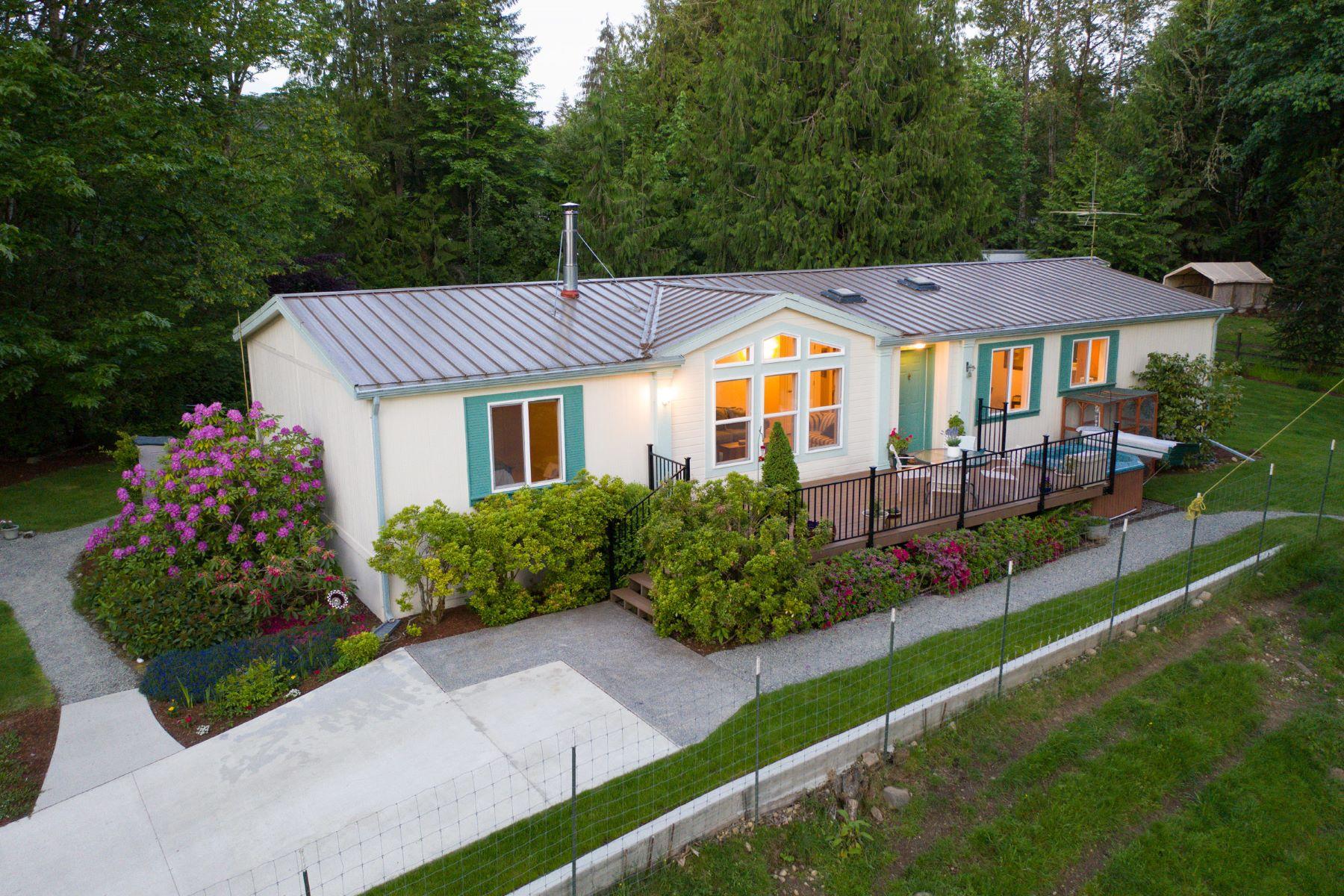 Single Family Homes vì Bán tại Duvall Acreage with Stunning Views 15221 342nd Ave NE, Duvall, Washington 98019 Hoa Kỳ