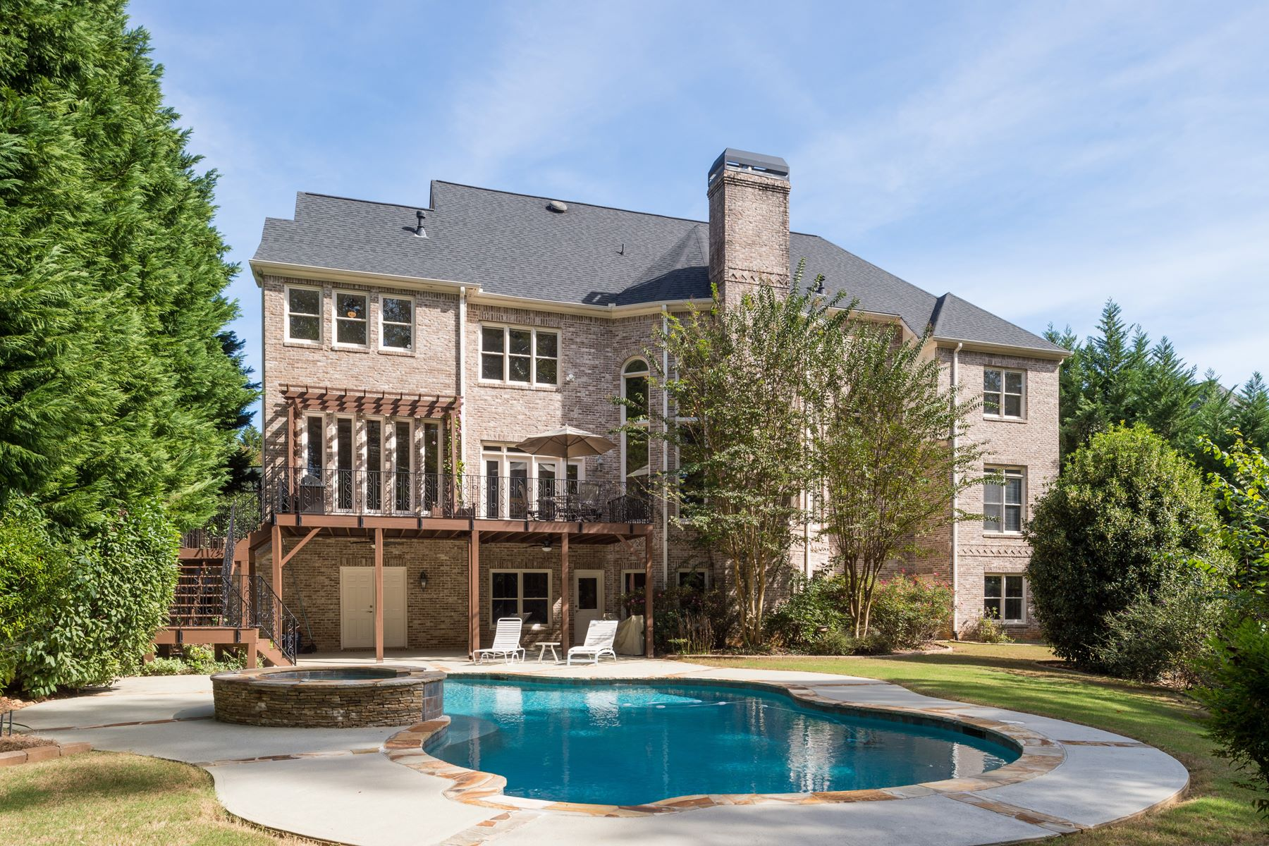 Single Family Home for Sale at Stunning Brick Beauty off Papermill Road! 30 Sherwood Lane SE Marietta, Georgia 30067 United States